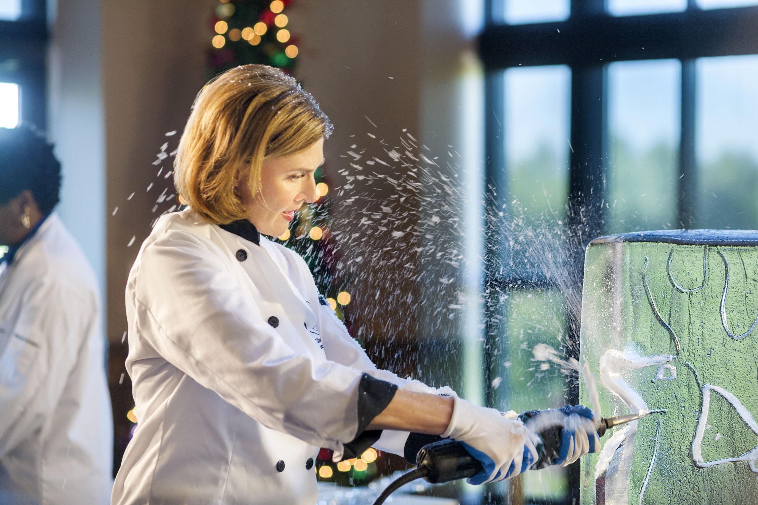 Brenda Strong as Chef Gloria on Ice Sculpture Christmas | Hallmark ...