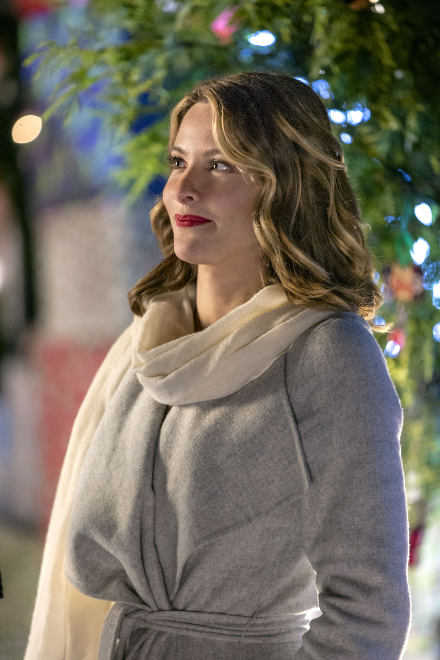 Jill Wagner as Hannah on Christmas Cookies | Hallmark Channel