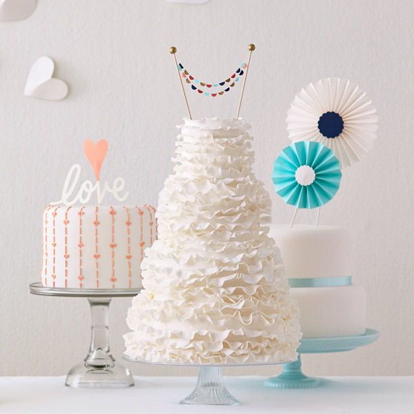 June Wedding Ideas: Showstopping DIY Wedding Cake Toppers