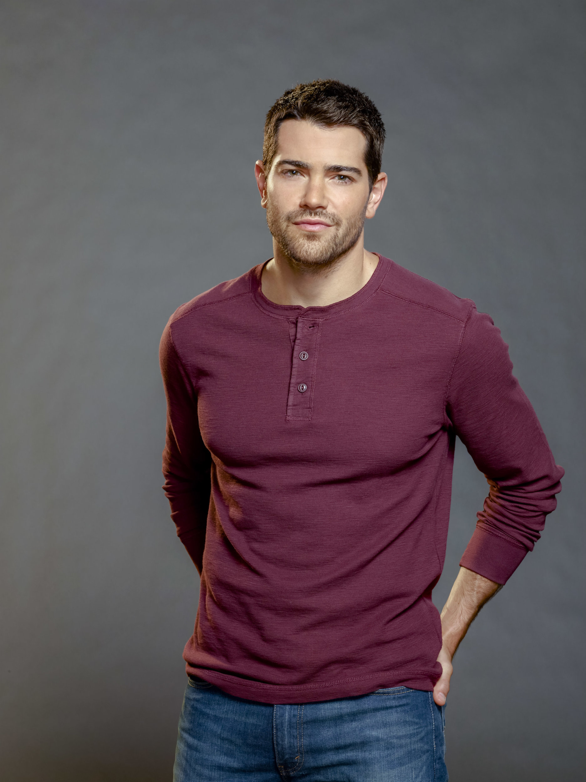 Jesse Metcalfe as Trace Riley on Chesapeake Shores | Hallmark Channel