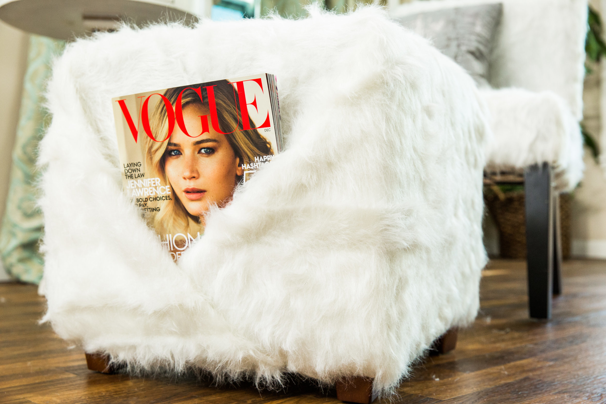 how to diy faux fur chair u0026 ottoman home u0026 family hallmark channel