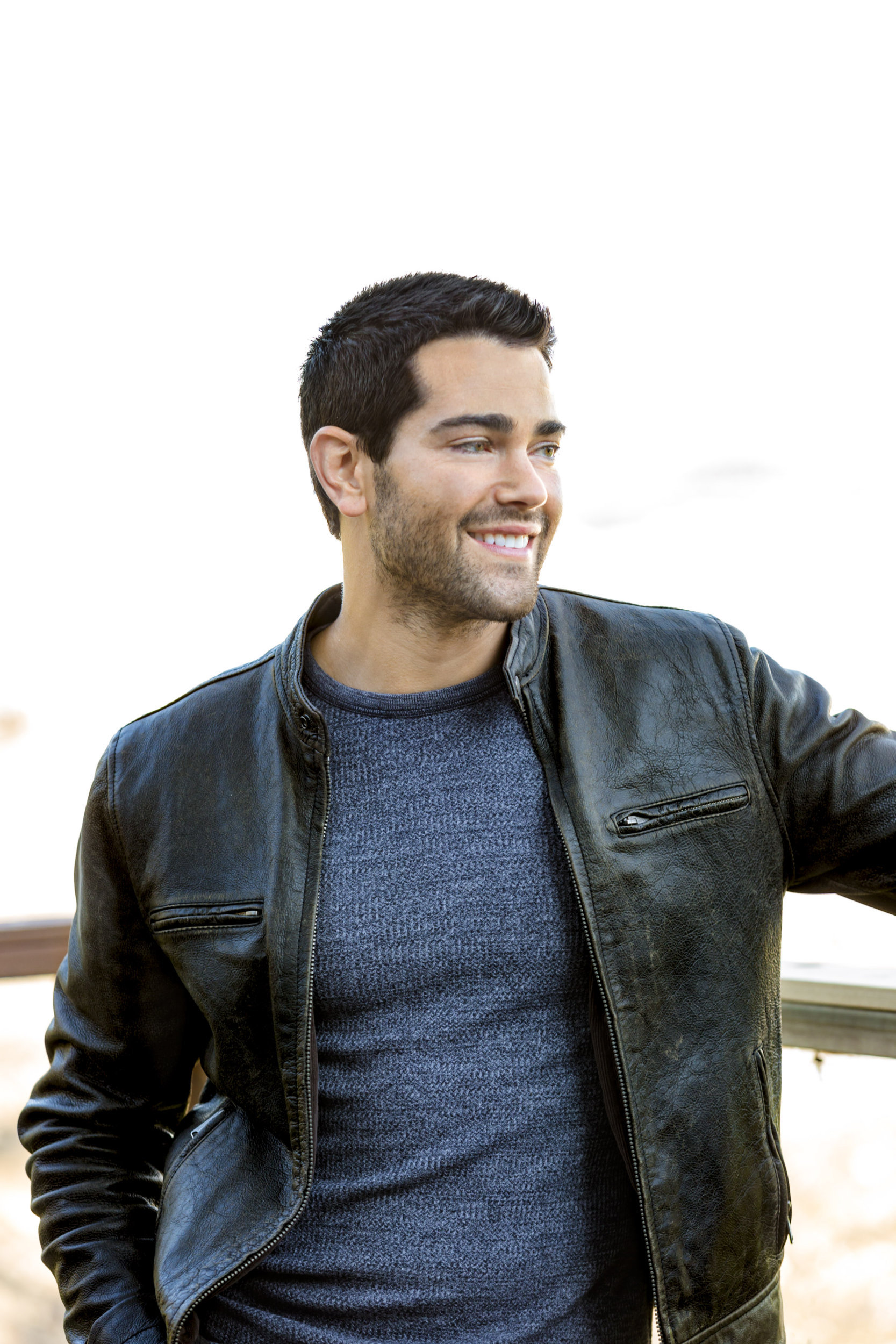 Jesse Metcalfe as Trace Riley on Chesapeake Shores ...