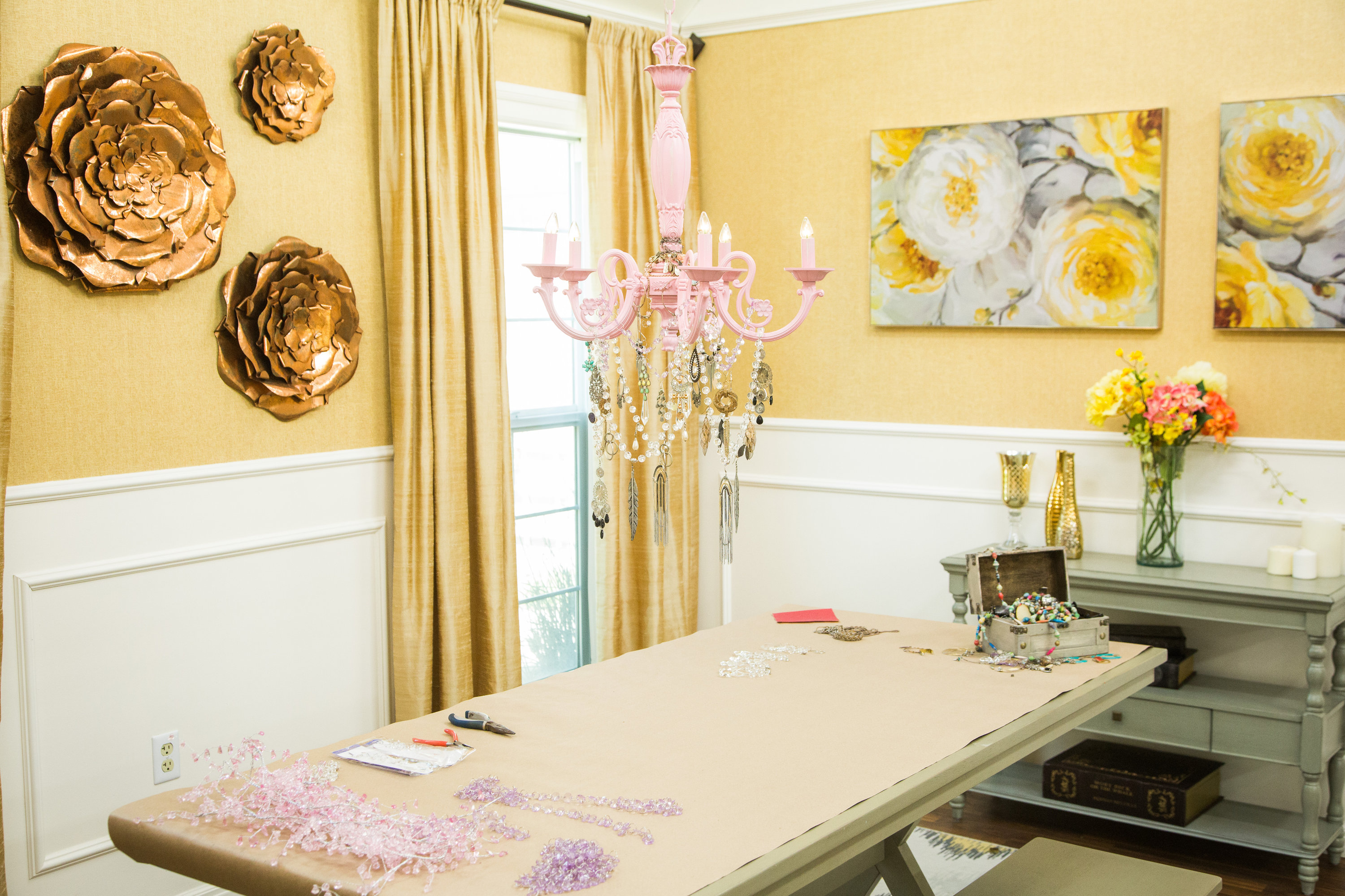 How To Home & Family Orly Shani and Kristin Smith s DIY Crystal