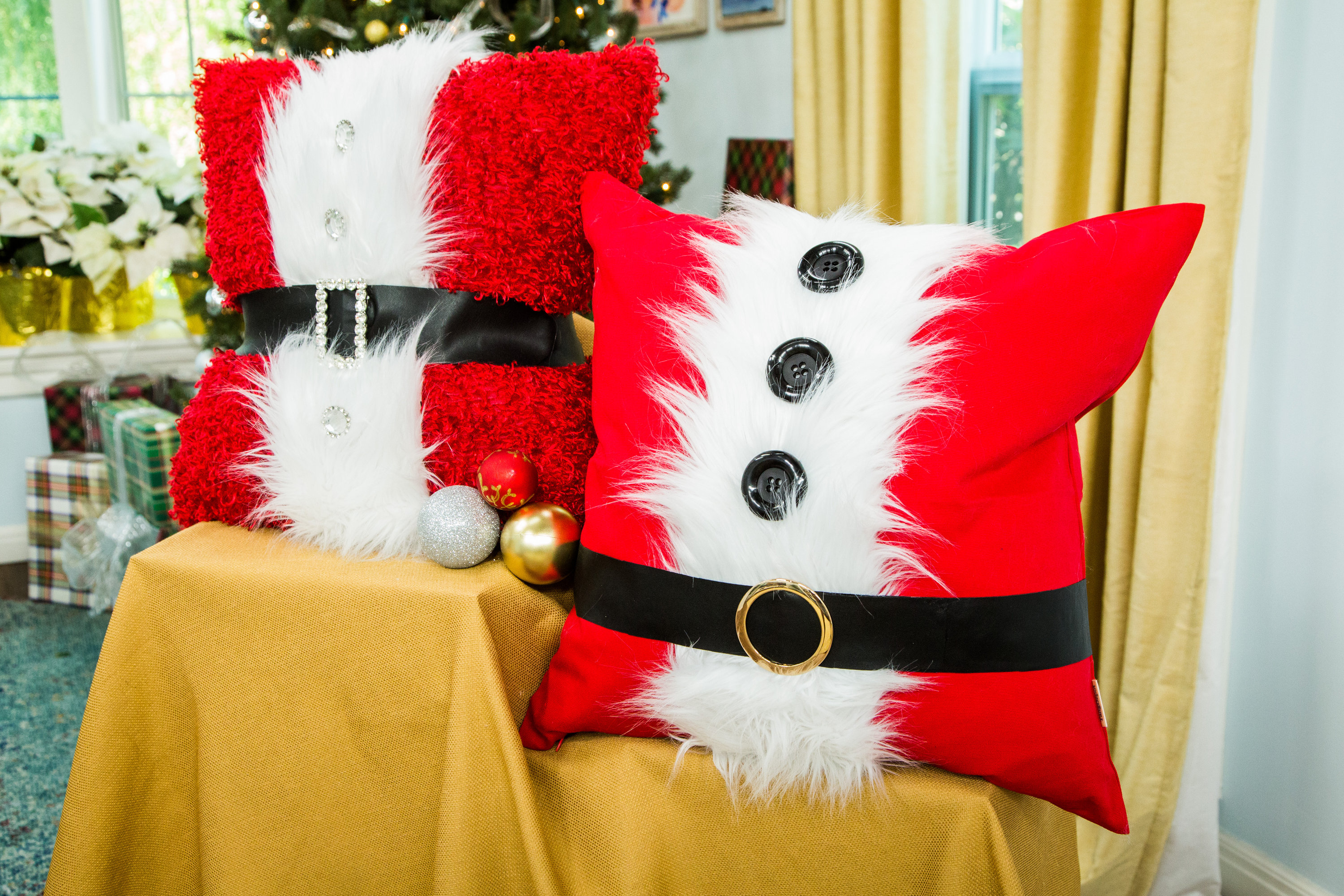How To Diy Santa And Mrs Claus Pillows Hallmark Channel