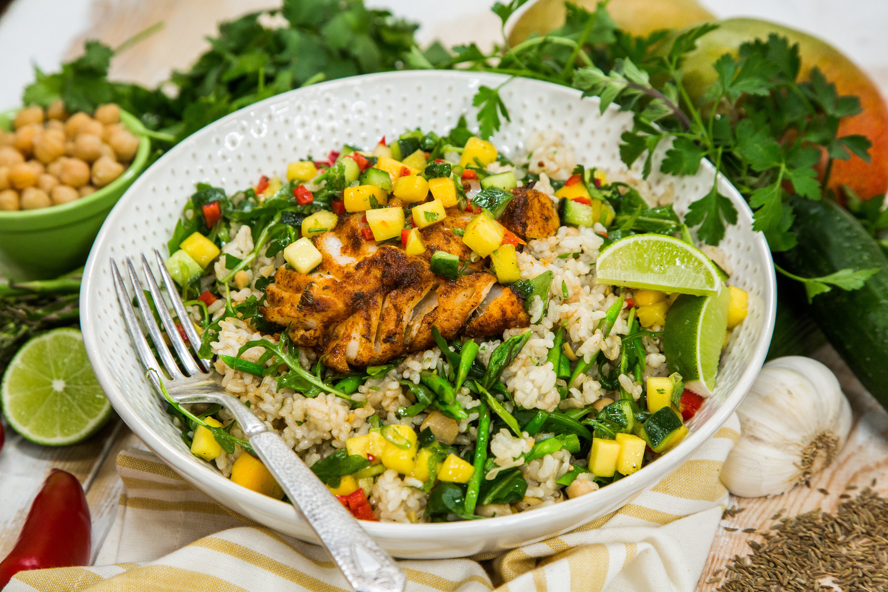 Spiced fish with mango salsa and brown rice salad for Mango salsa recipe for fish