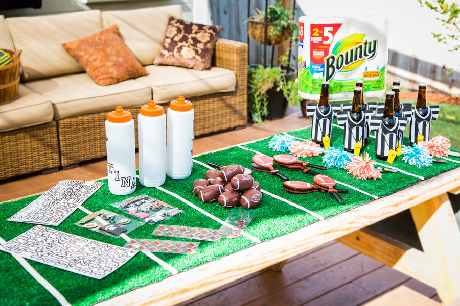 Game Day Party Ideas with Jill Simonian | Hallmark Channel