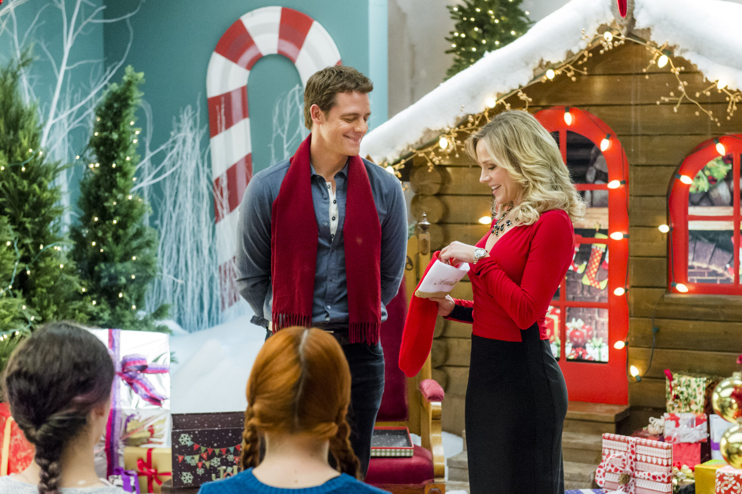 Hallmark channel schedule january 2015 share the knownledge for Christmas movies on cable tv tonight
