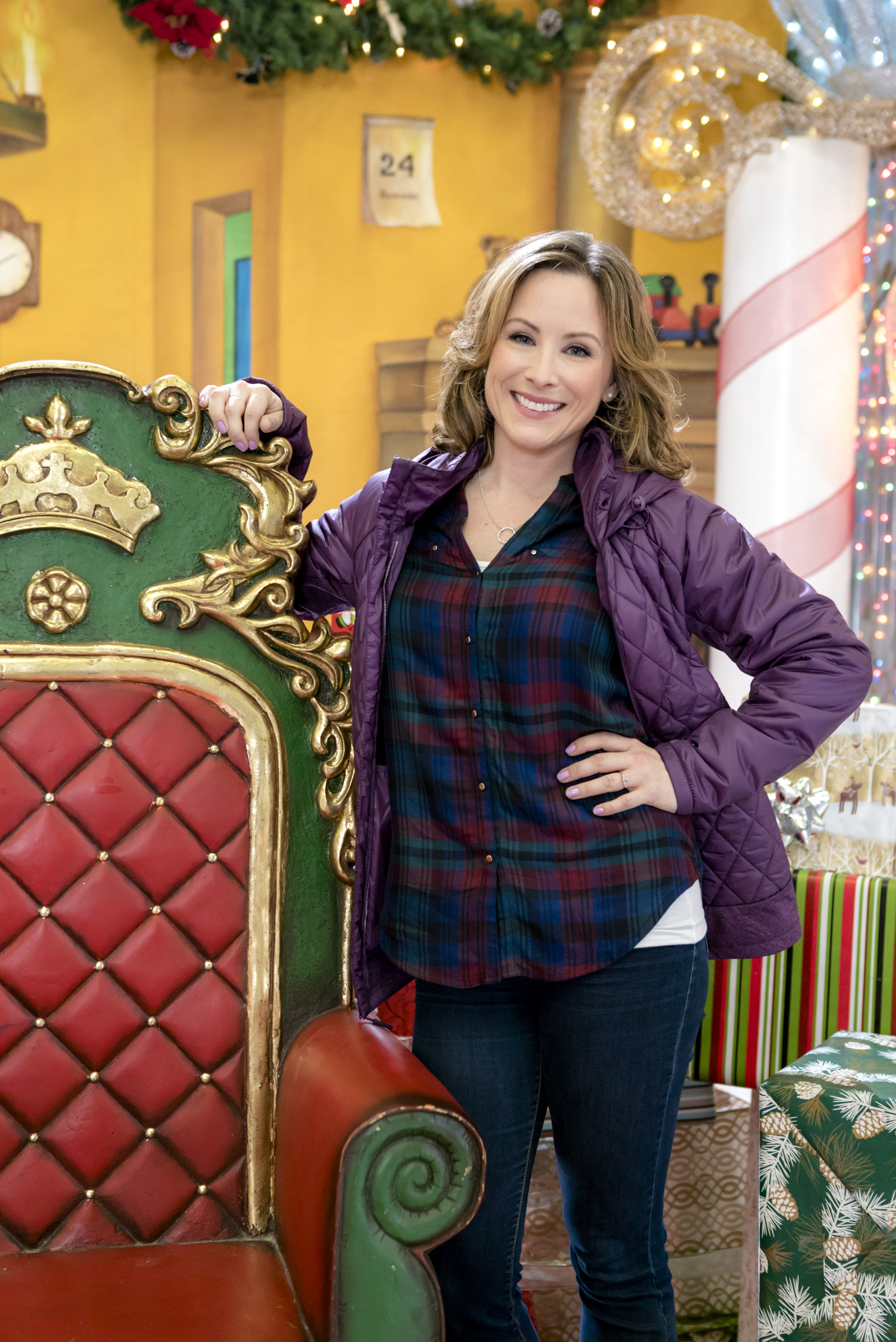 Lisa Durupt as Nicky on A Dream of Christmas | Hallmark Channel