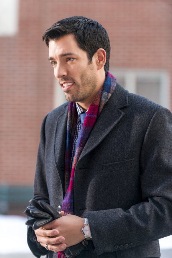 Drew Scott as Jason Keppler on The Christmas Parade | Hallmark Channel