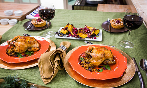 Find and save ideas about Thanksgiving dinner for two on Pinterest. | See more ideas about Thanksgiving for two, Traditional thanksgiving dinner and Traditional thanksgiving dinner menu.