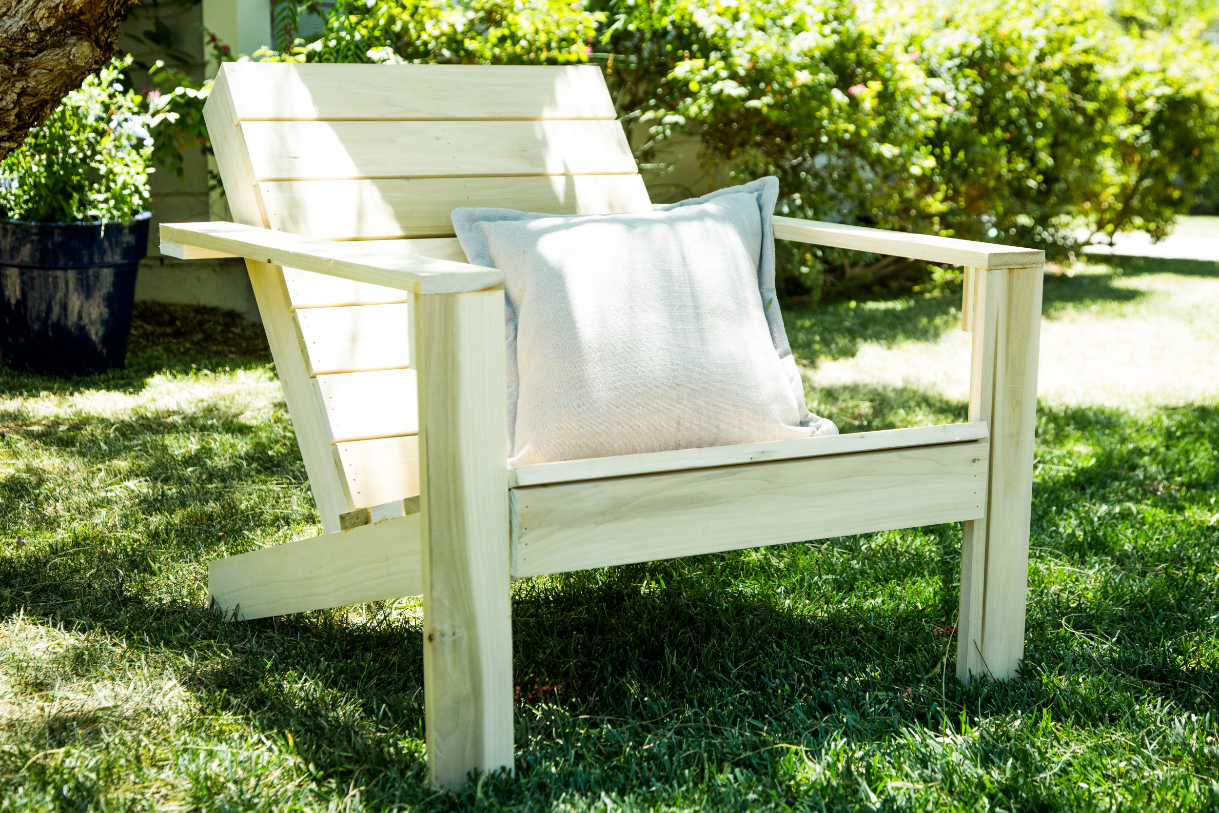 How To Home & Family DIY Adirondack Chairs
