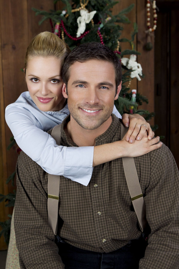 Cast - Love's Christmas Journey | Hallmark Movies and Mysteries