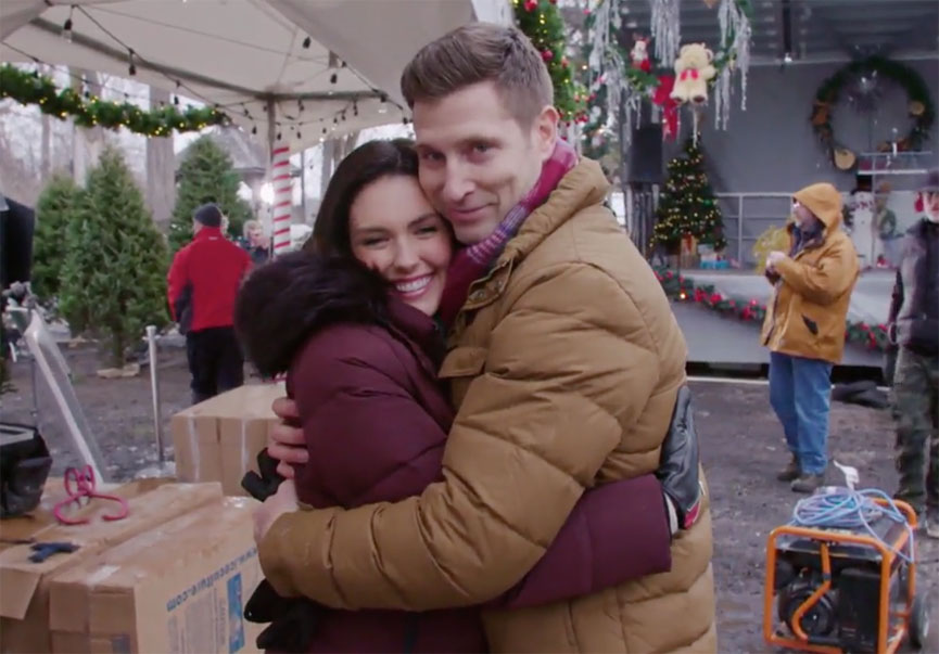 Countdown to Christmas 2017 - The Latest News | Hallmark Channel