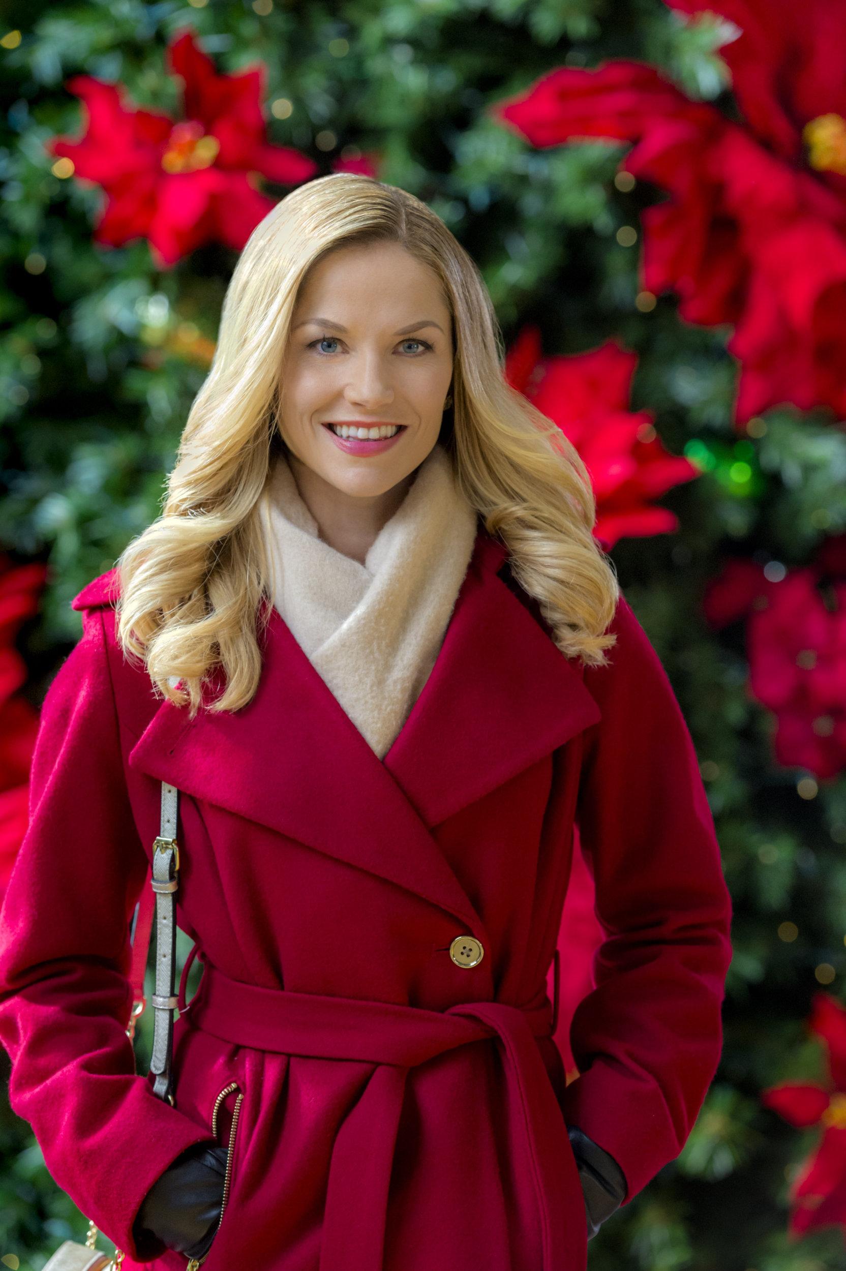Ellen Hollman on Sharing Christmas | Hallmark Channel