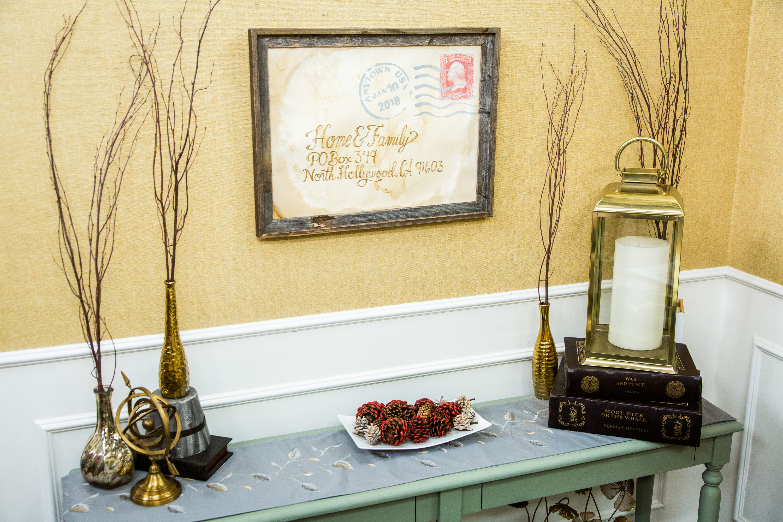How To - DIY Postcard Wall Art   Hallmark Channel