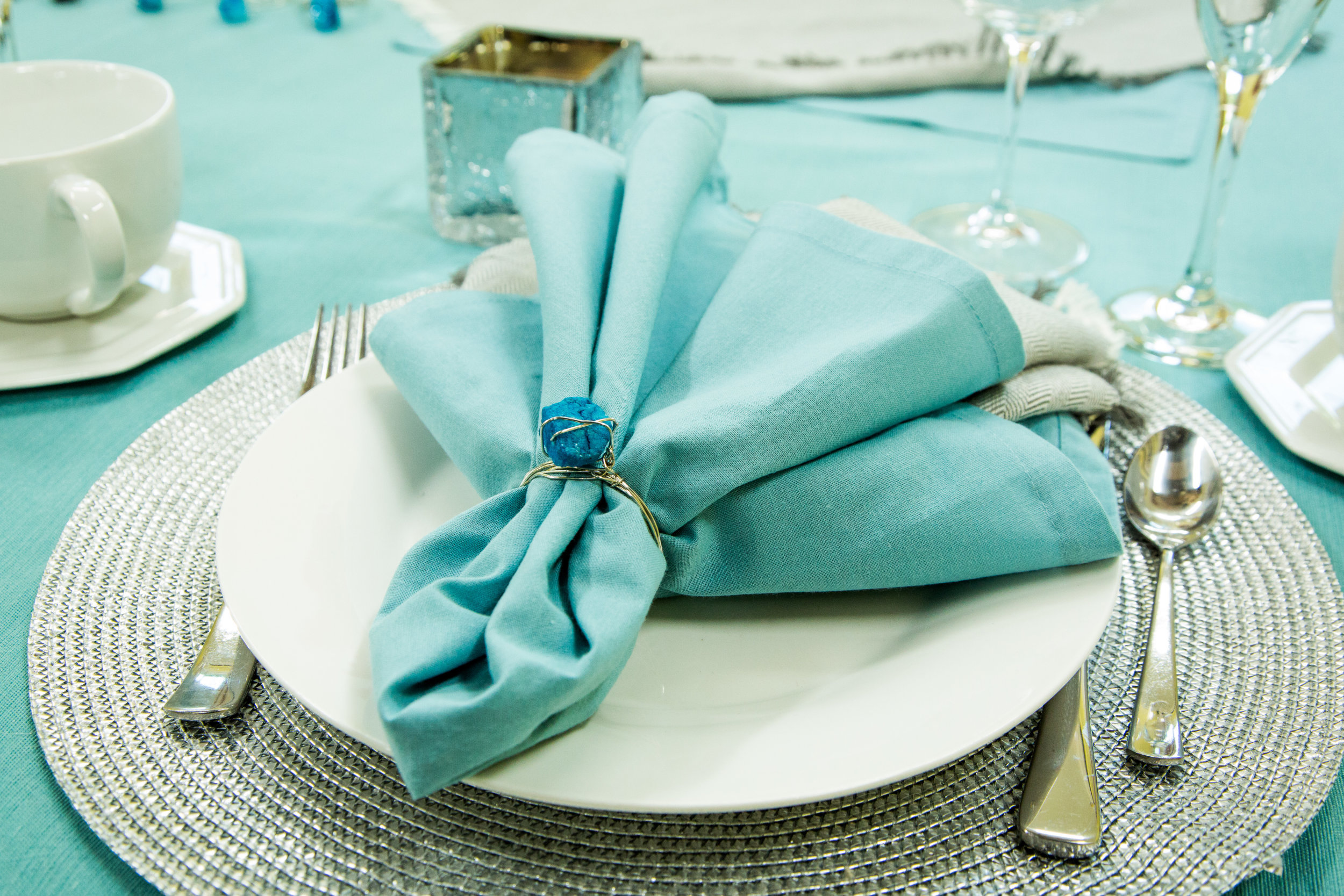 How To - Home & Family: DIY Napkin Rings | Hallmark Channel