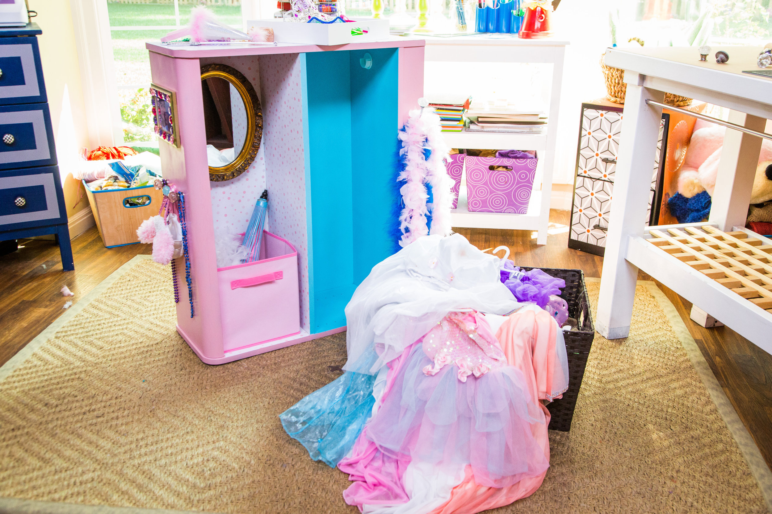 Diy Dress Up Storage Turning Your Booksheld Into A Dress Up Closet Home Family