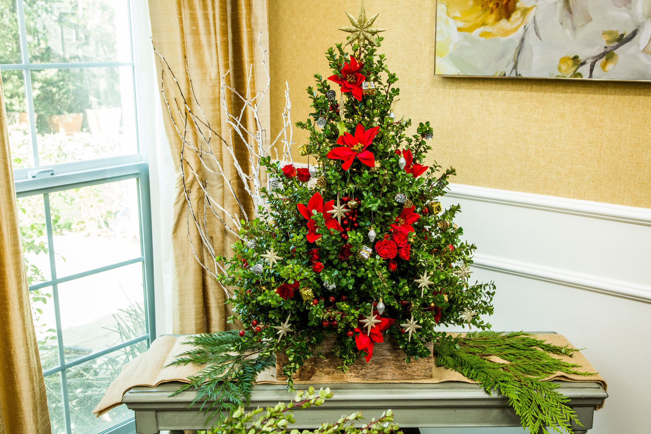 How To - Home & Family: DIY Boxwood Christmas Tree | Hallmark Channel