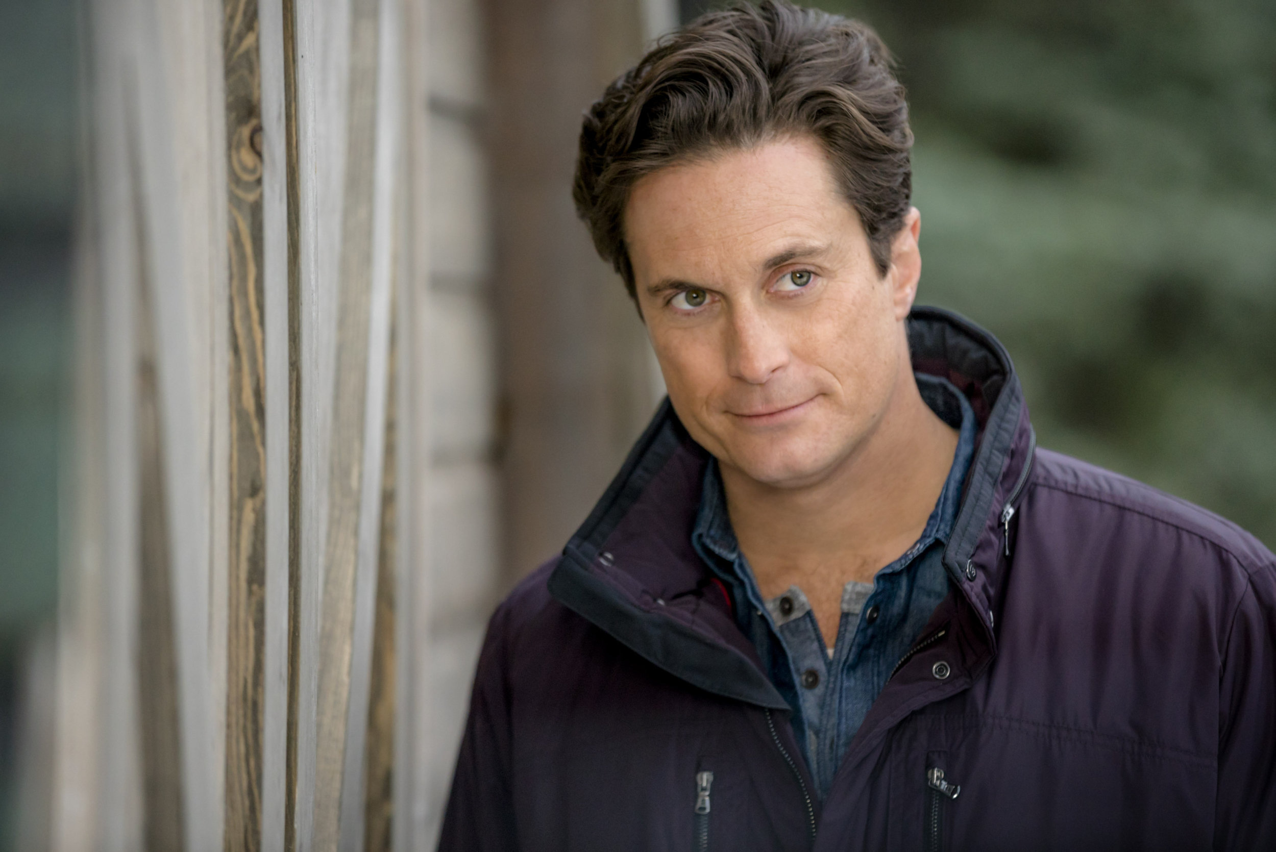 Oliver Hudson on Journey Back to Christmas | Hallmark Movies and ...