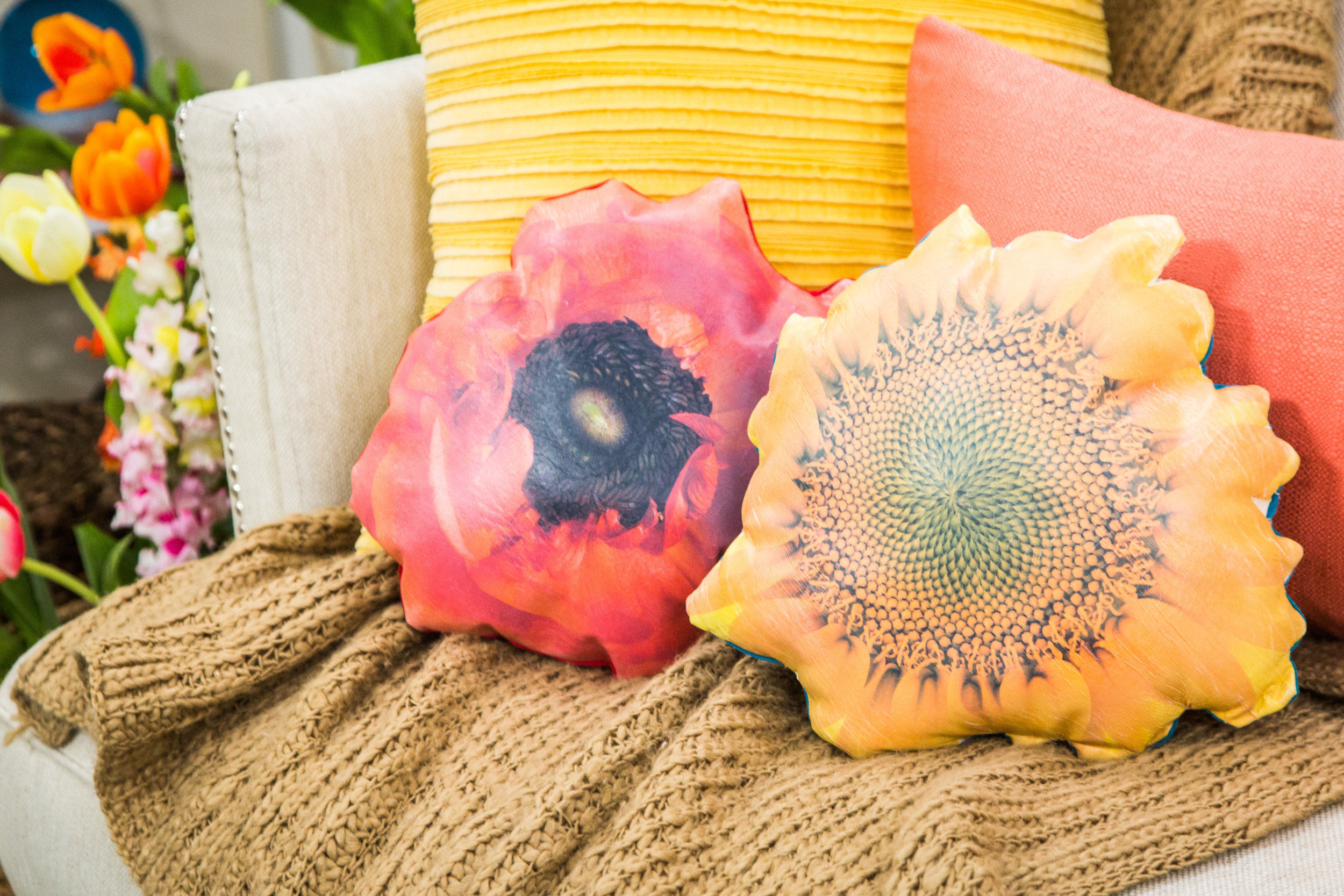How To Diy Photo Transfer Flower Pillows Hallmark Channel
