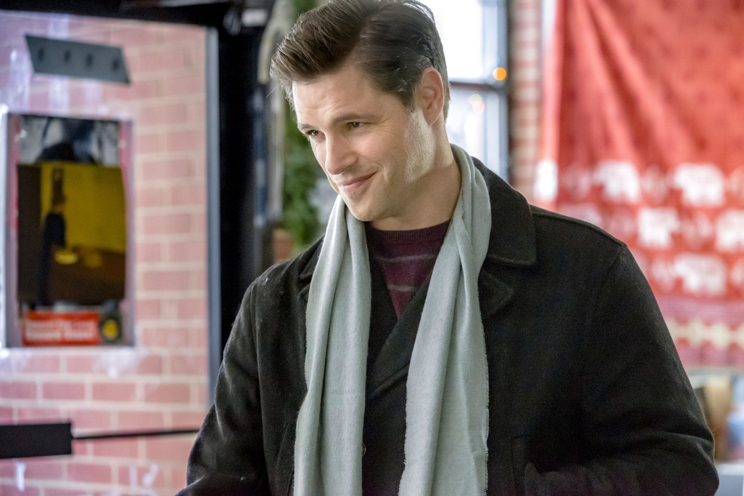 A Perfect Christmas Cast.Sam Page As Tom On The Perfect Christmas Present Hallmark
