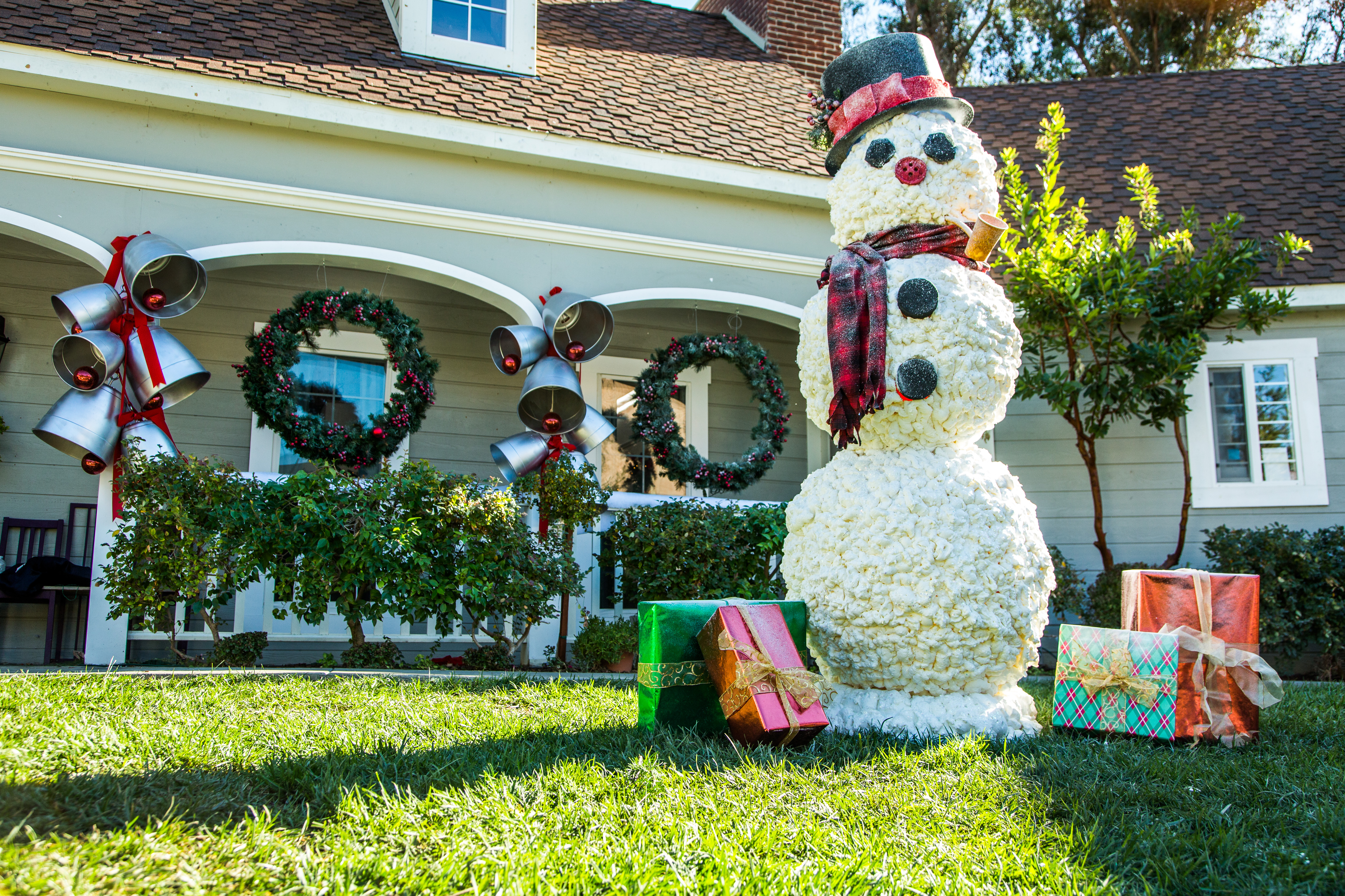 How To s Ken Wingard s DIY Snowman Home & Family