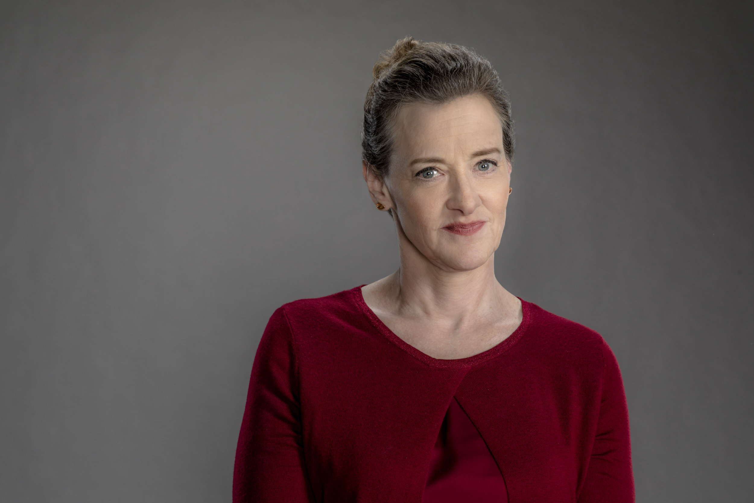 Christmas Train Cast.Joan Cusack As Agnes On The Christmas Train Hallmark