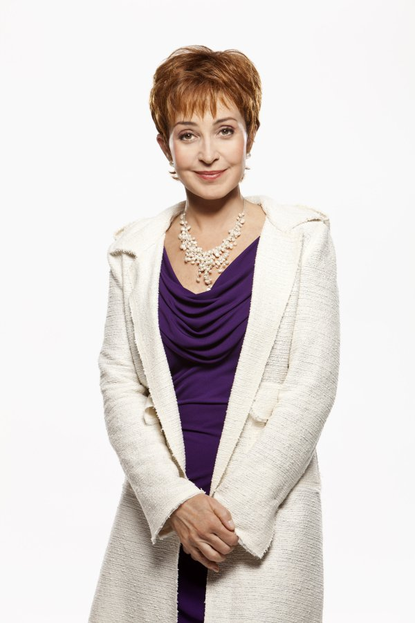 Annie Potts - Cast - The Music Teacher | Hallmark Movies ...Annie Potts 2013