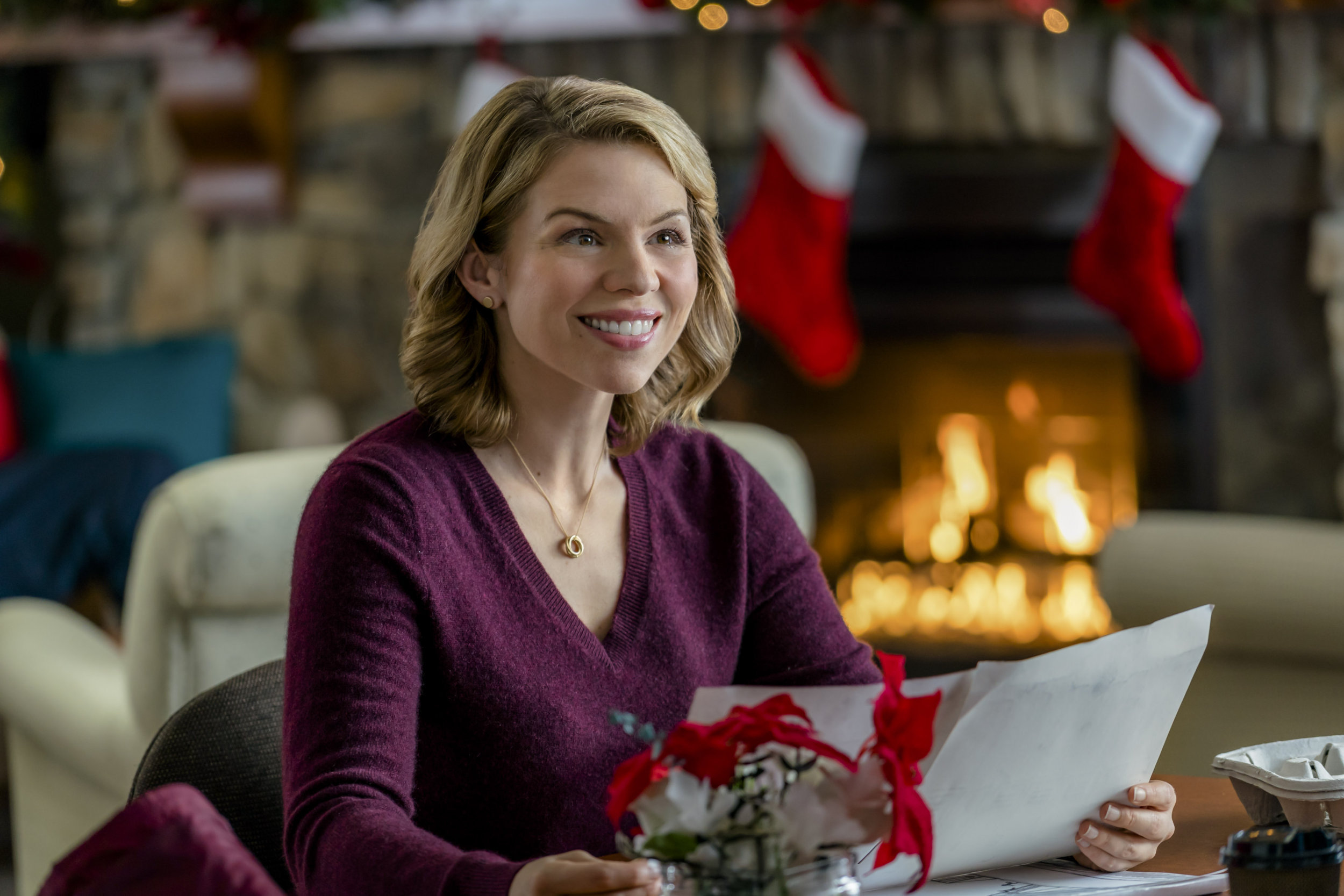 Ali Liebert As Darcy Archer On A Gift To Remember Hallmark Channel