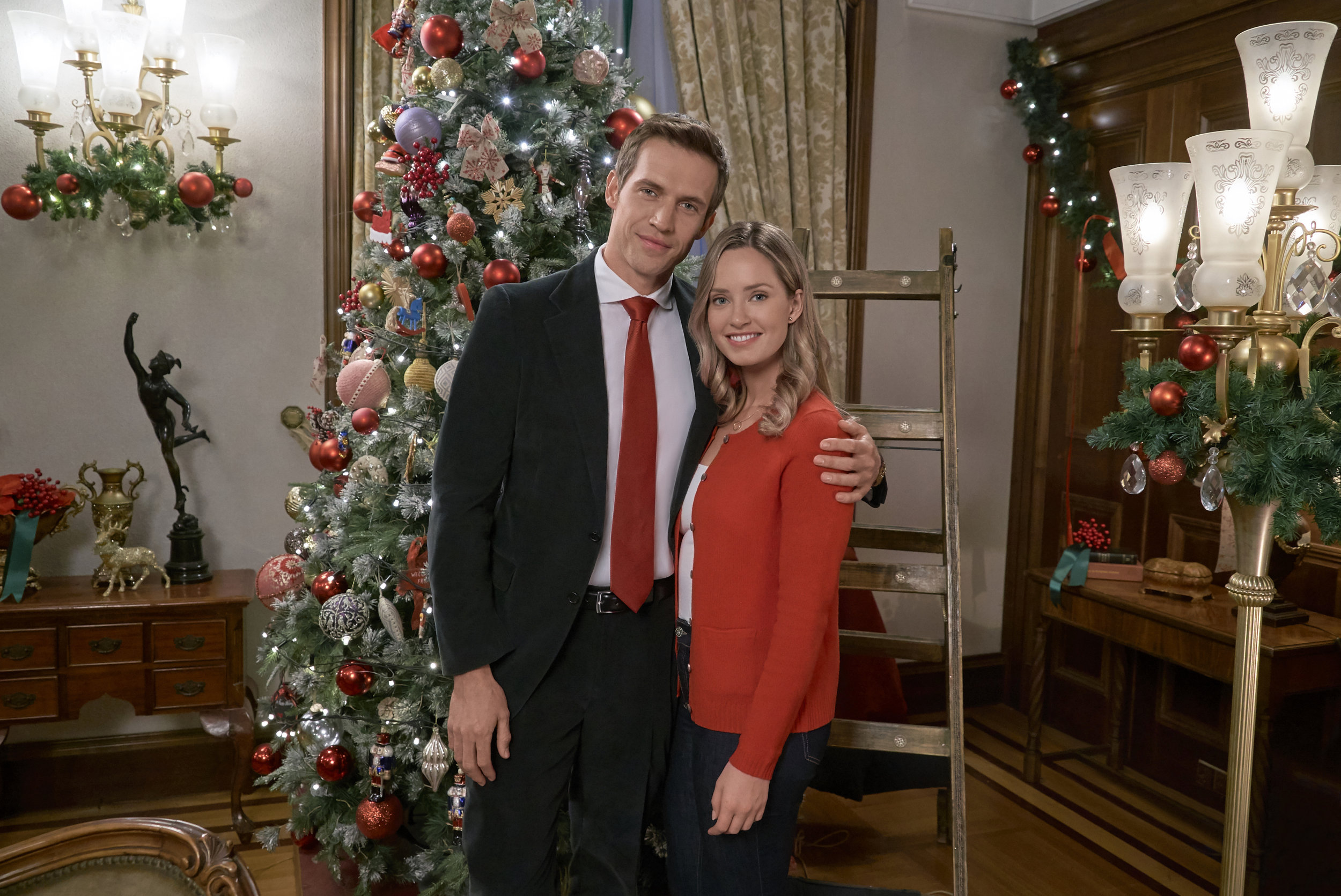 Christmas At The Palace.Christmas At The Palace Cast Hallmark Channel