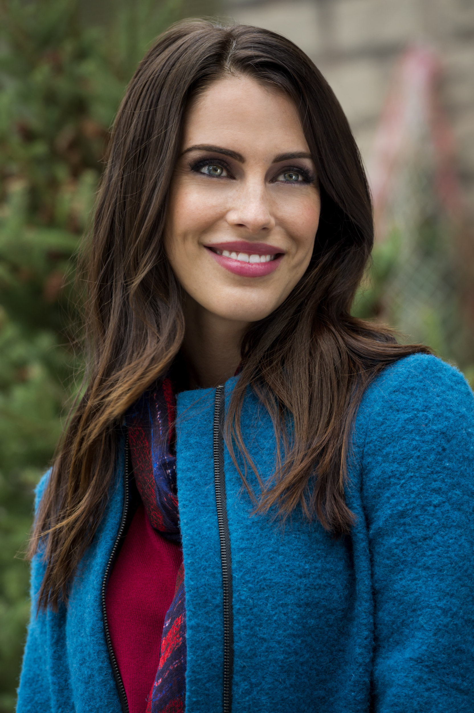 Watch Jessica Lowndes video