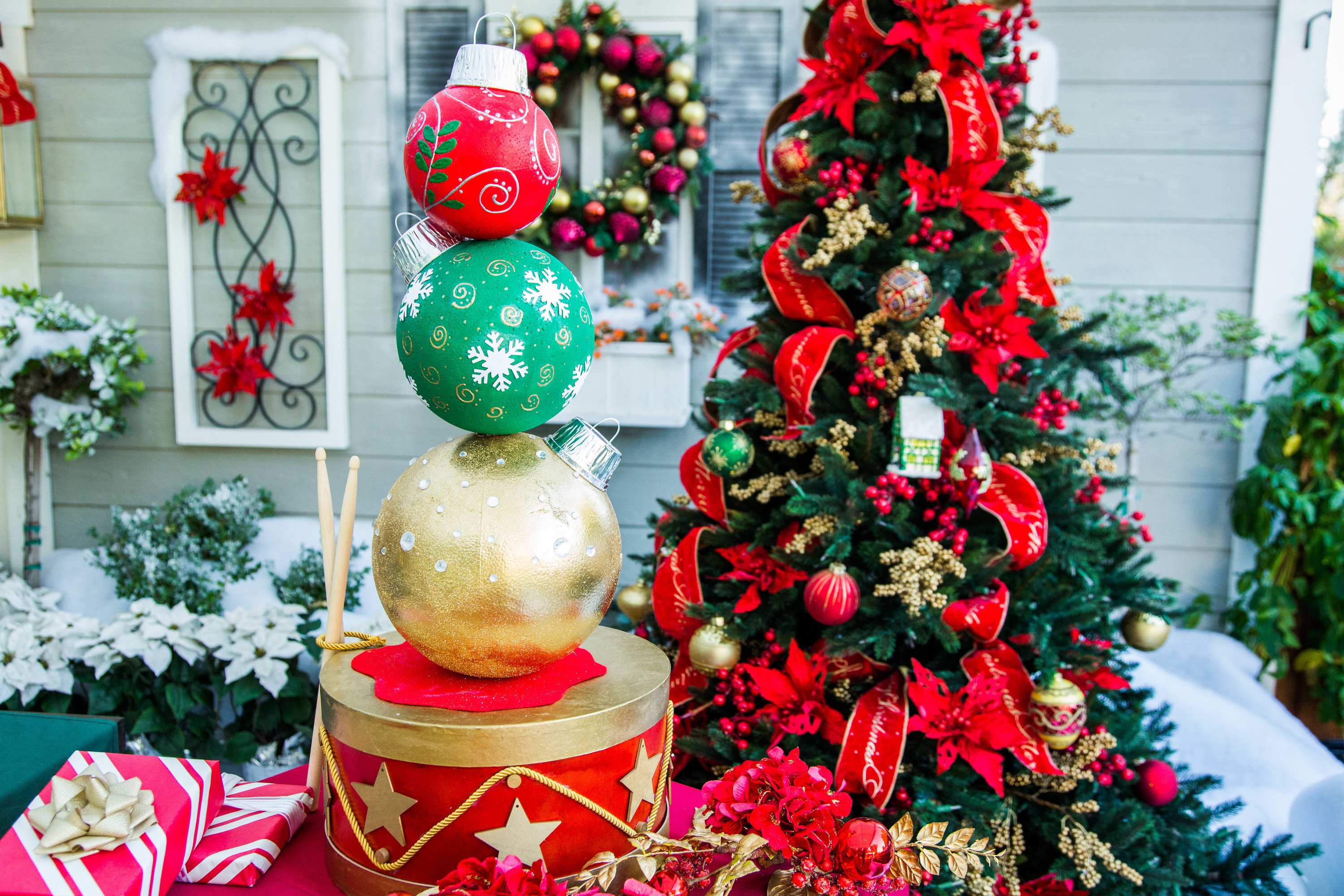 Christmas Topiary.How To Diy Ornament Topiary Hallmark Channel