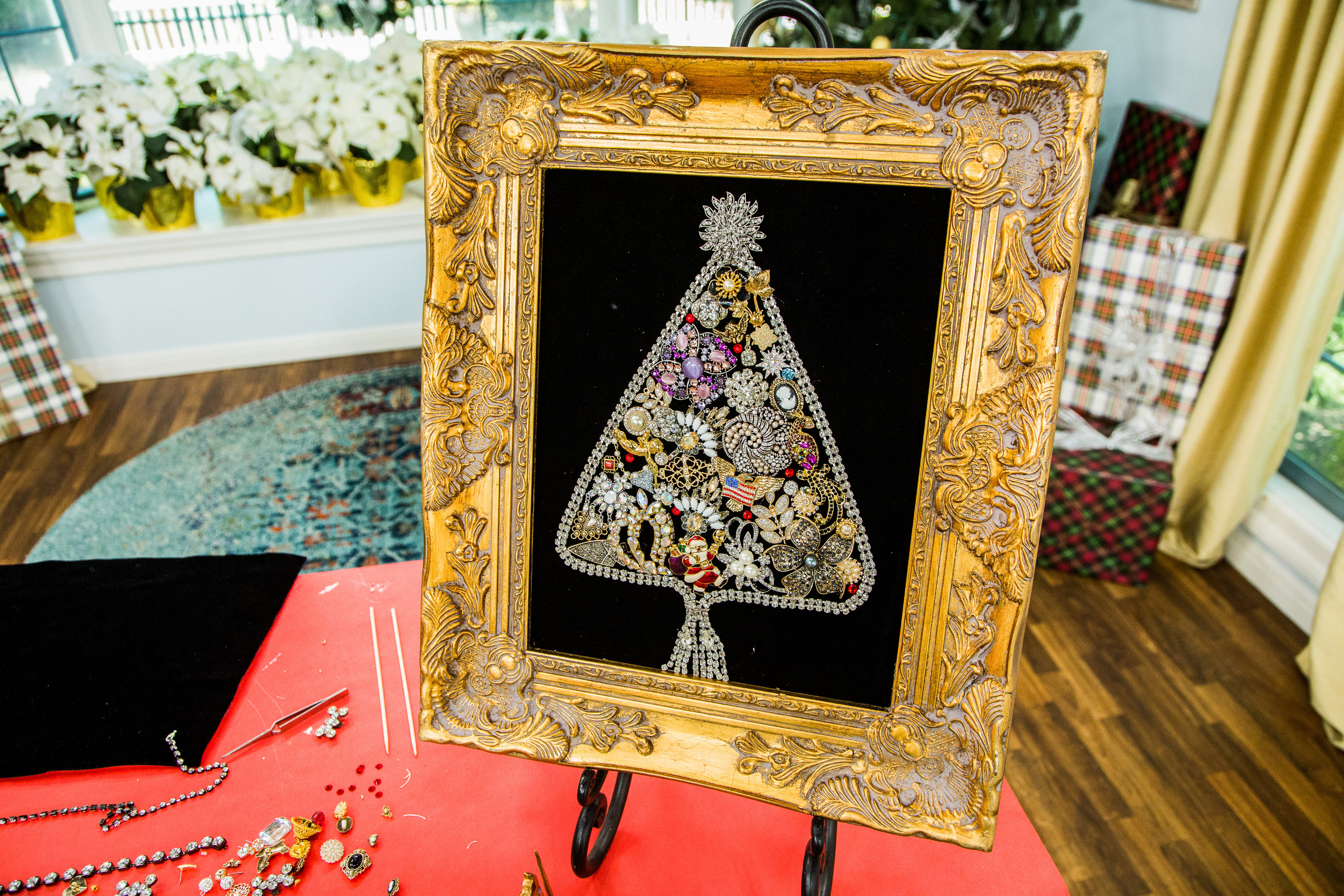 How To - DIY Vintage Jewelry Christmas Tree | Hallmark Channel