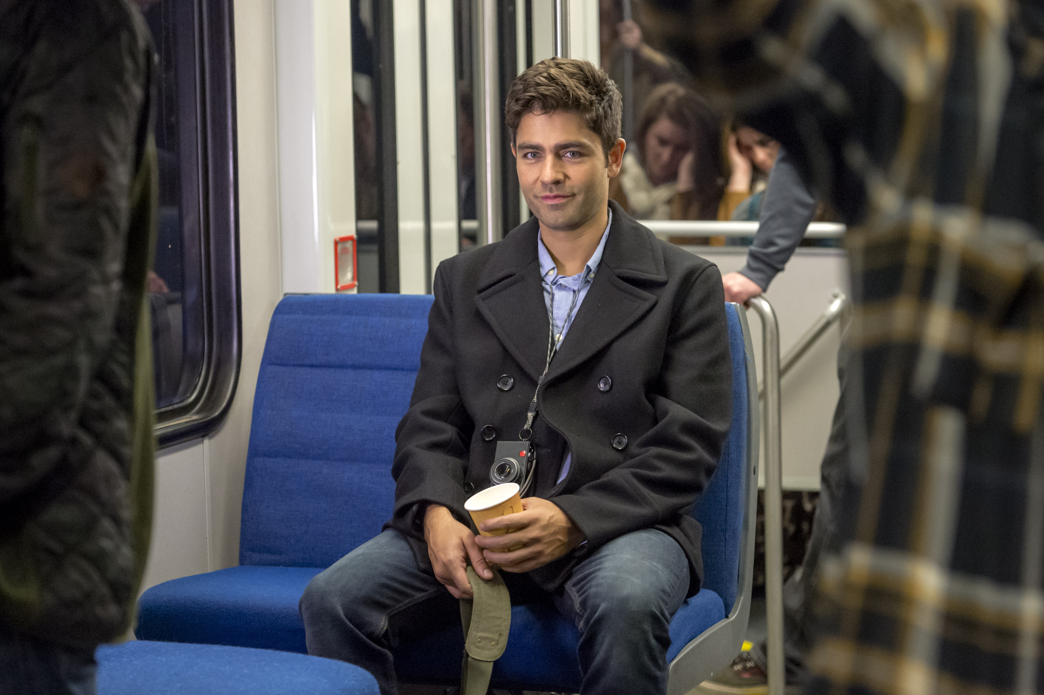 adrian grenier as james fielding on love at first glance