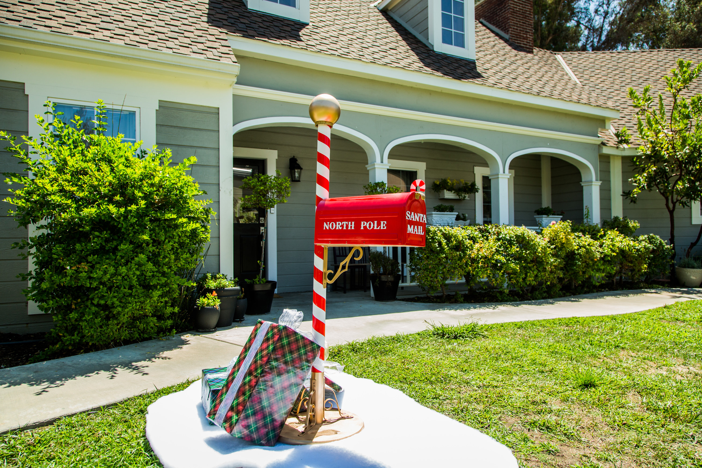 How To Diy Santa Mailbox Hallmark Channel