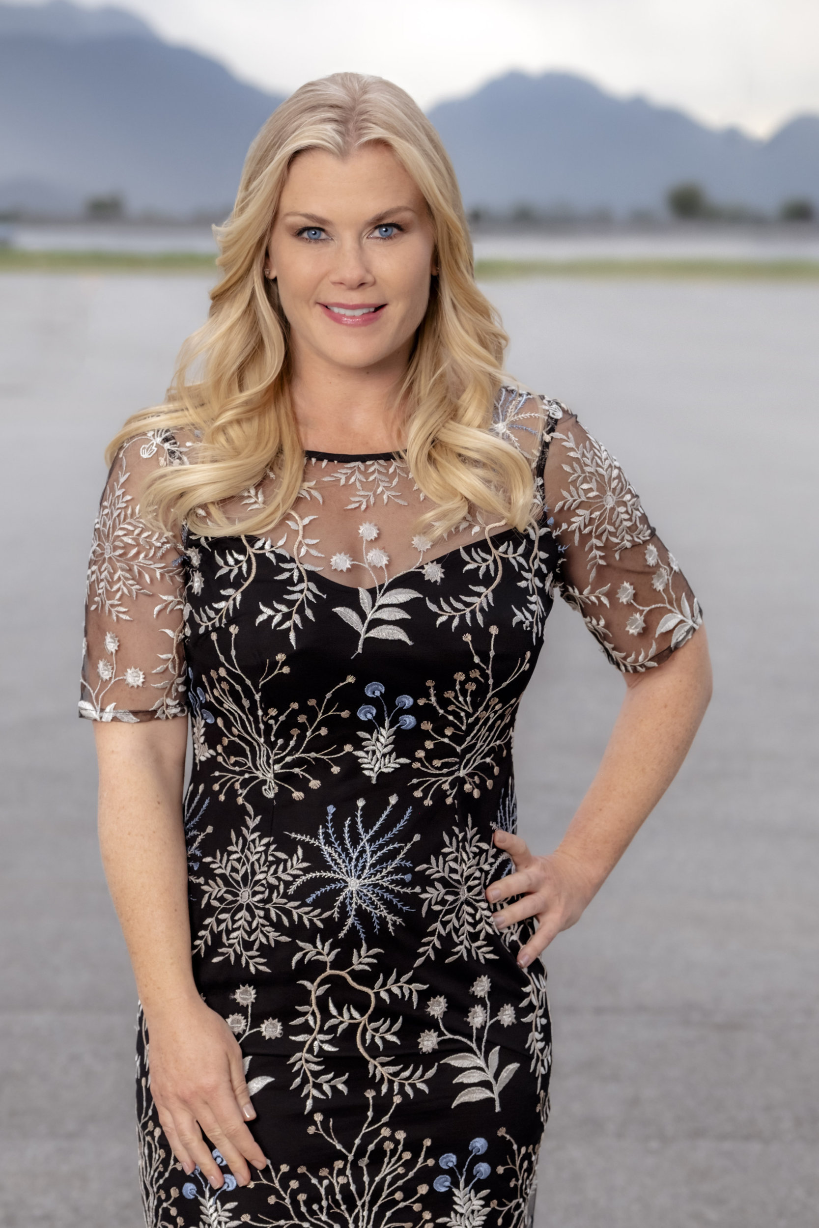 Alison Sweeney Family Pictures alison sweeney as alex on chronicle mysteries: the deep end
