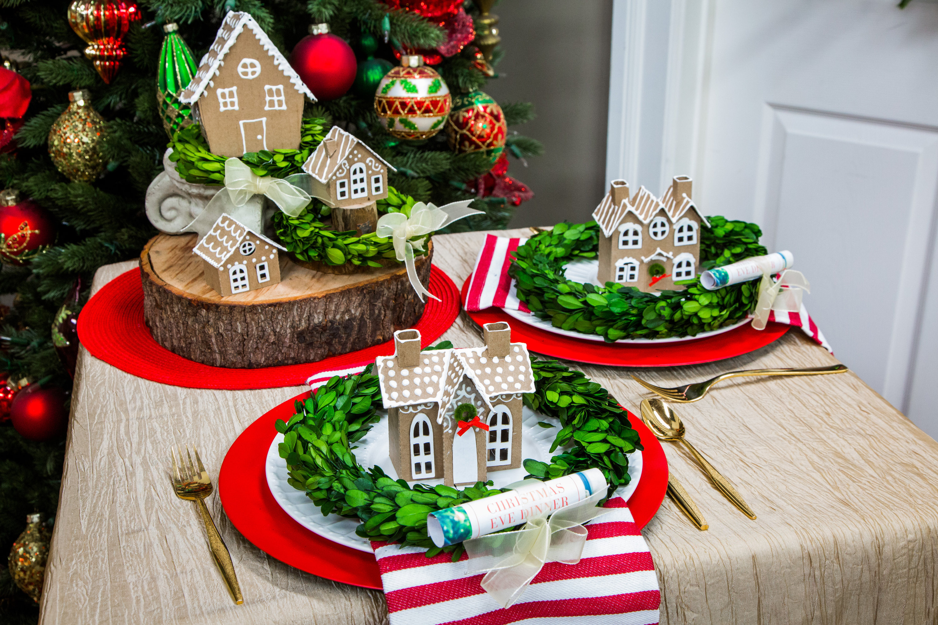 How To Diy Gingerbread House Place Settings Hallmark Channel