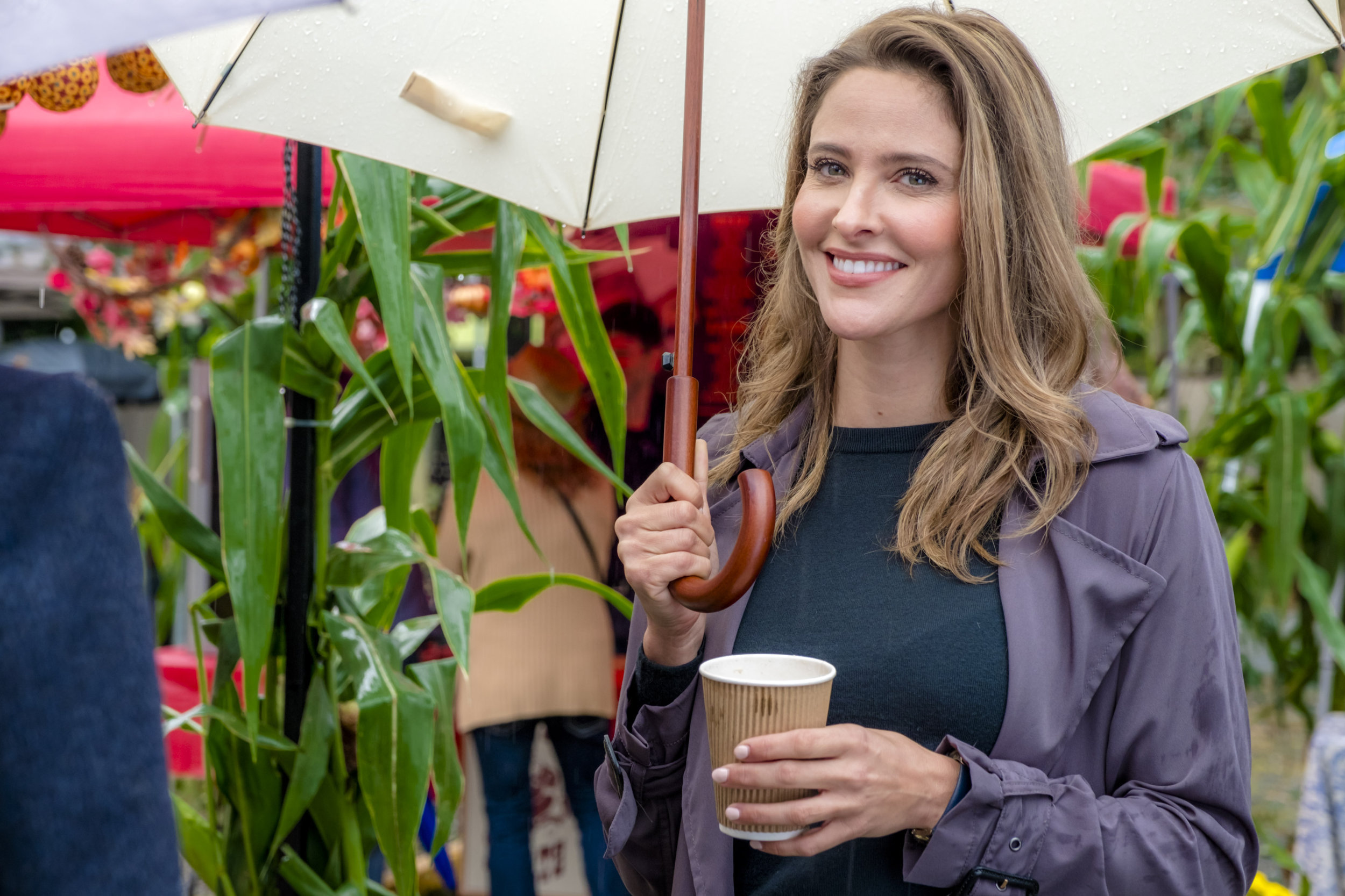 A Harvest Wedding Cast.Jill Wagner As Sarah Bloom On A Harvest Wedding Hallmark Channel