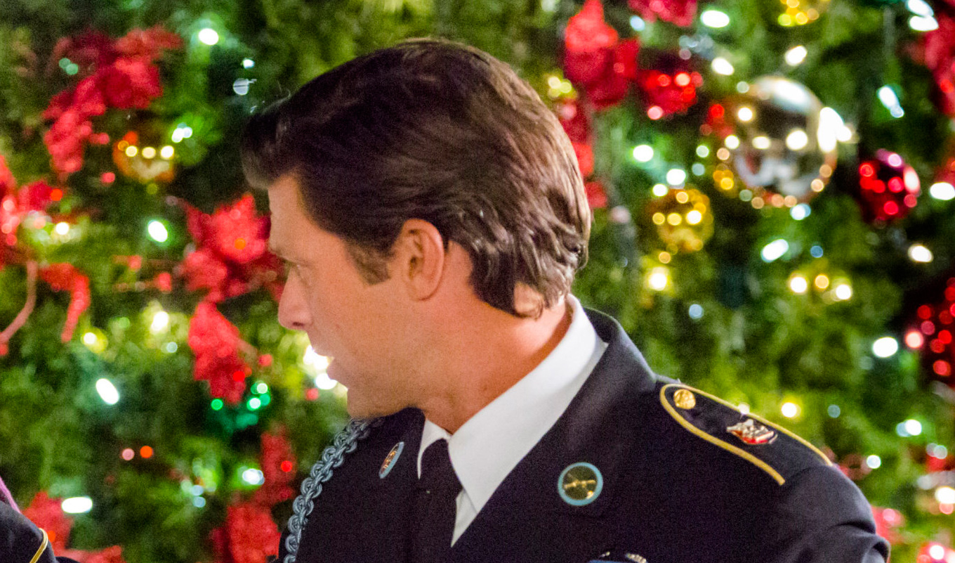 The Christmas Note.Greg Vaughan As Kyle On The Christmas Note Hallmark