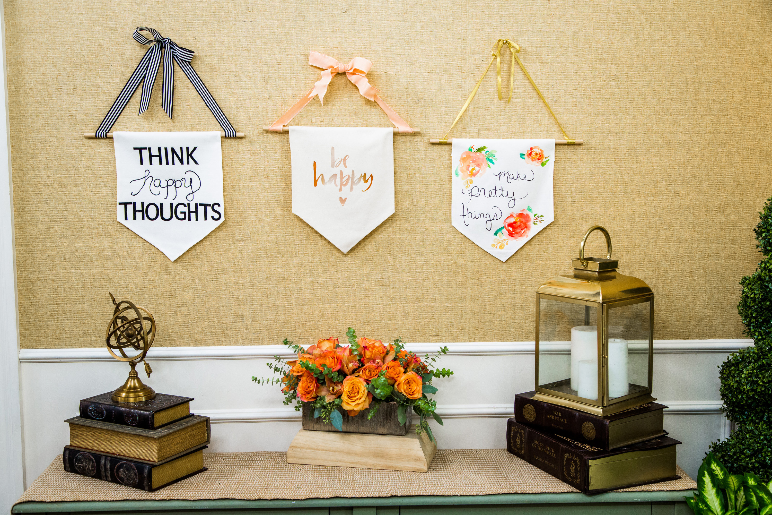 How To - DIY Canvas Wall Banner   Hallmark Channel