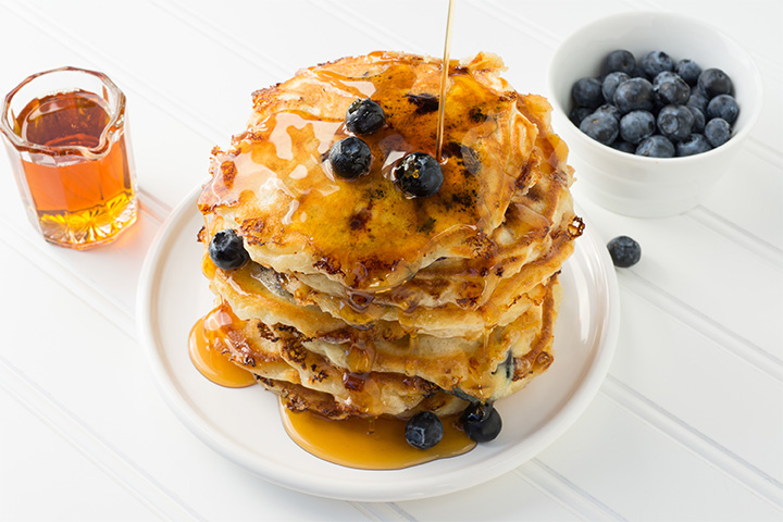 Country Cottage Cheese & Blueberry Pancakes Recipe