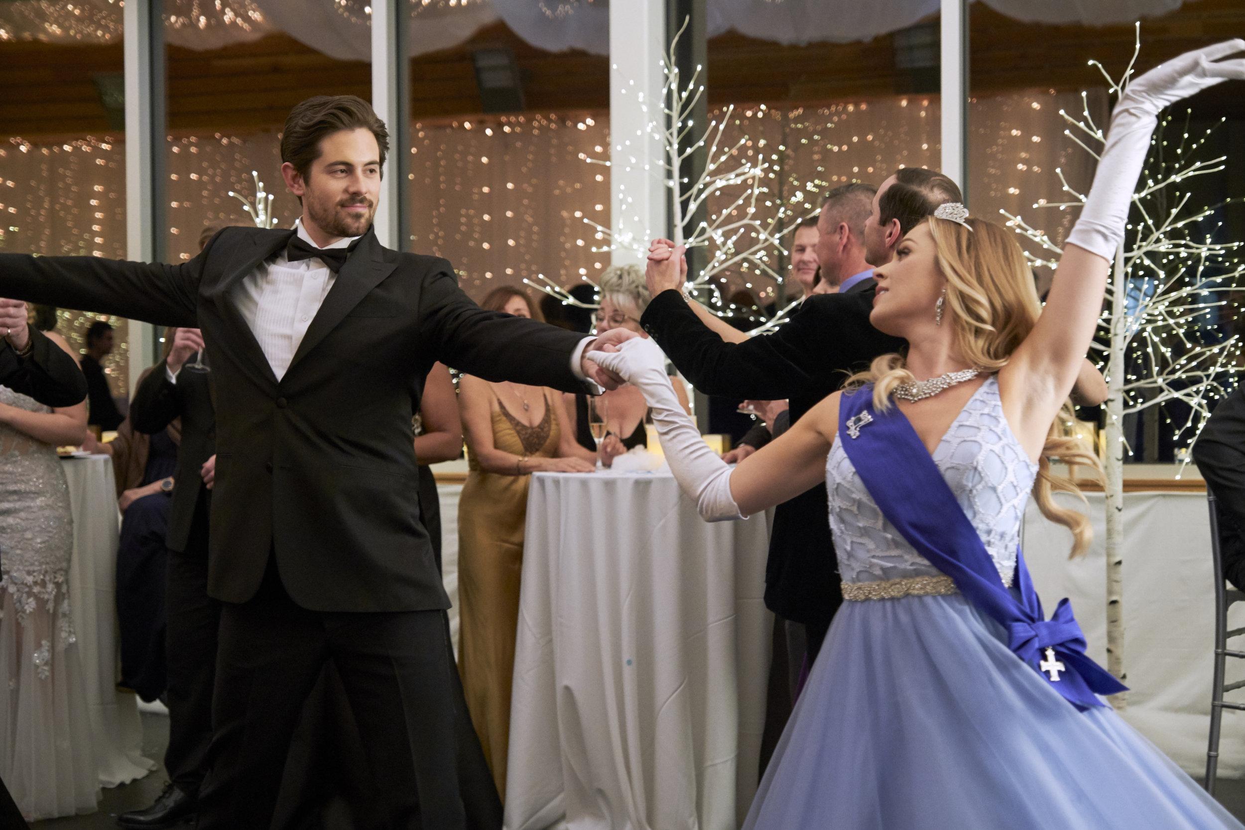 Rocky Mountain Christmas Cast.Chris Mcnally As Jesse On A Winter Princess Hallmark Channel