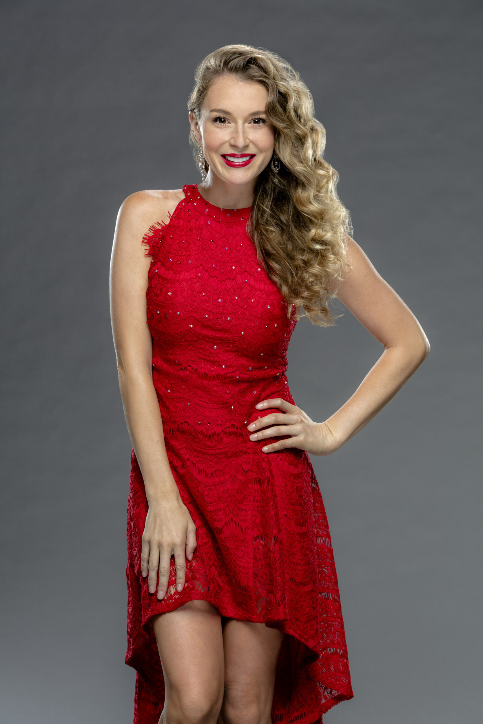 alexa penavega as laura trudeau on enchanted christmas hallmark channel