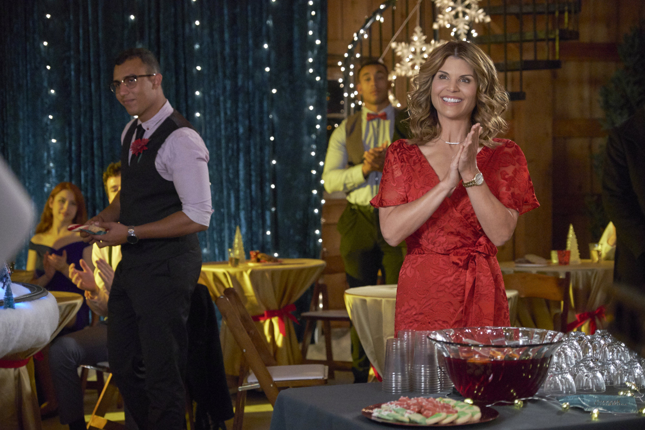 Homegrown Christmas Cast.Homegrown Christmas About Hallmark Channel