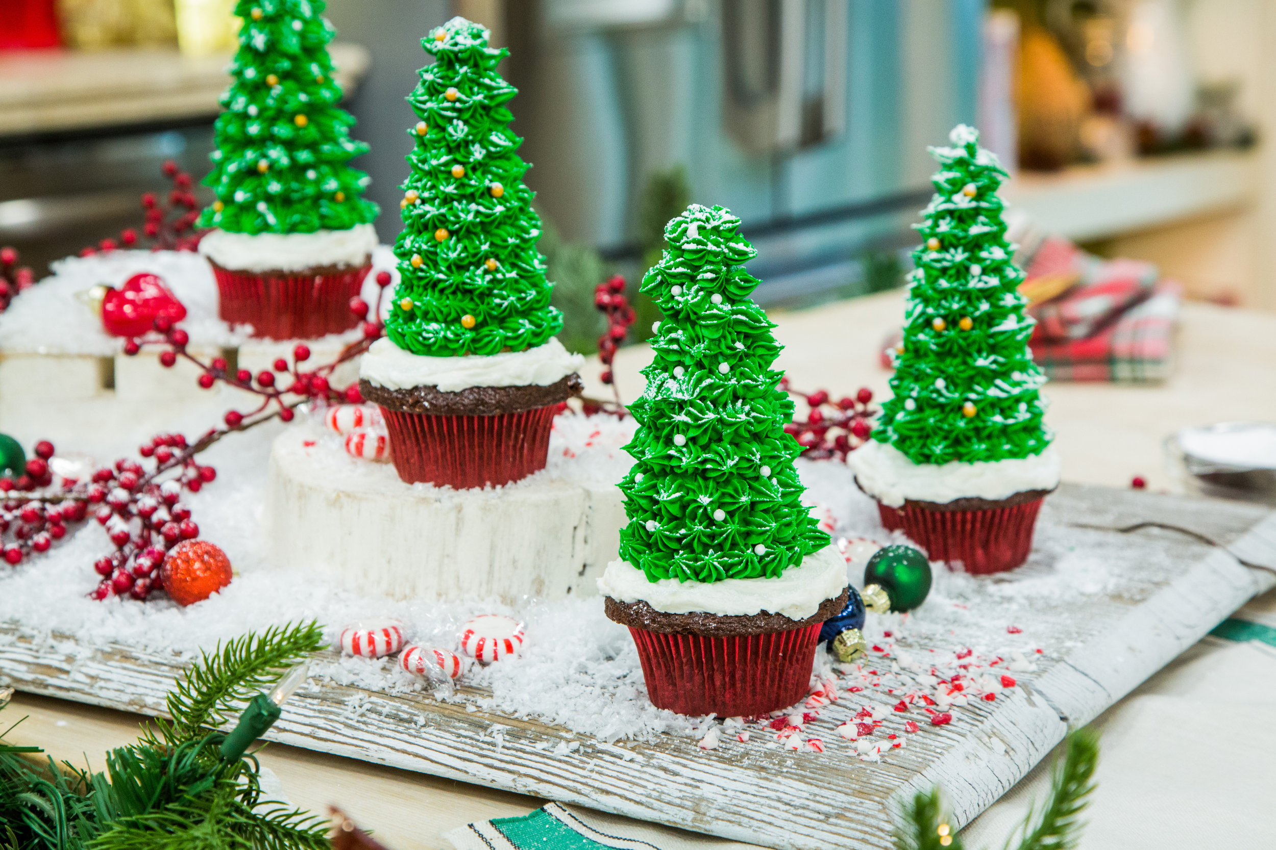 Christmas Tree Cupcakes Home Amp Family Hallmark Channel
