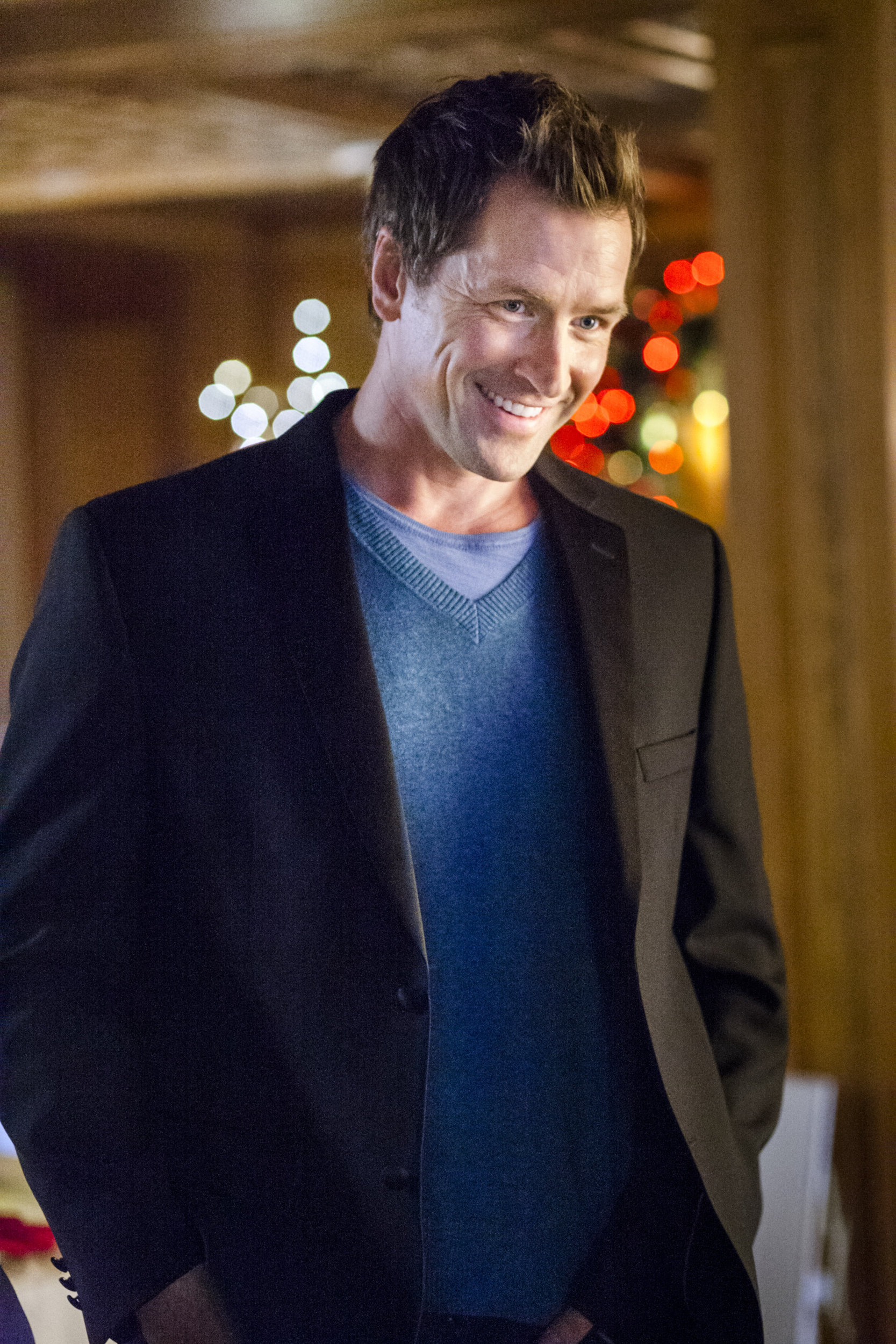 Paul Greene As Dylan In A Christmas Detour Hallmark Channel
