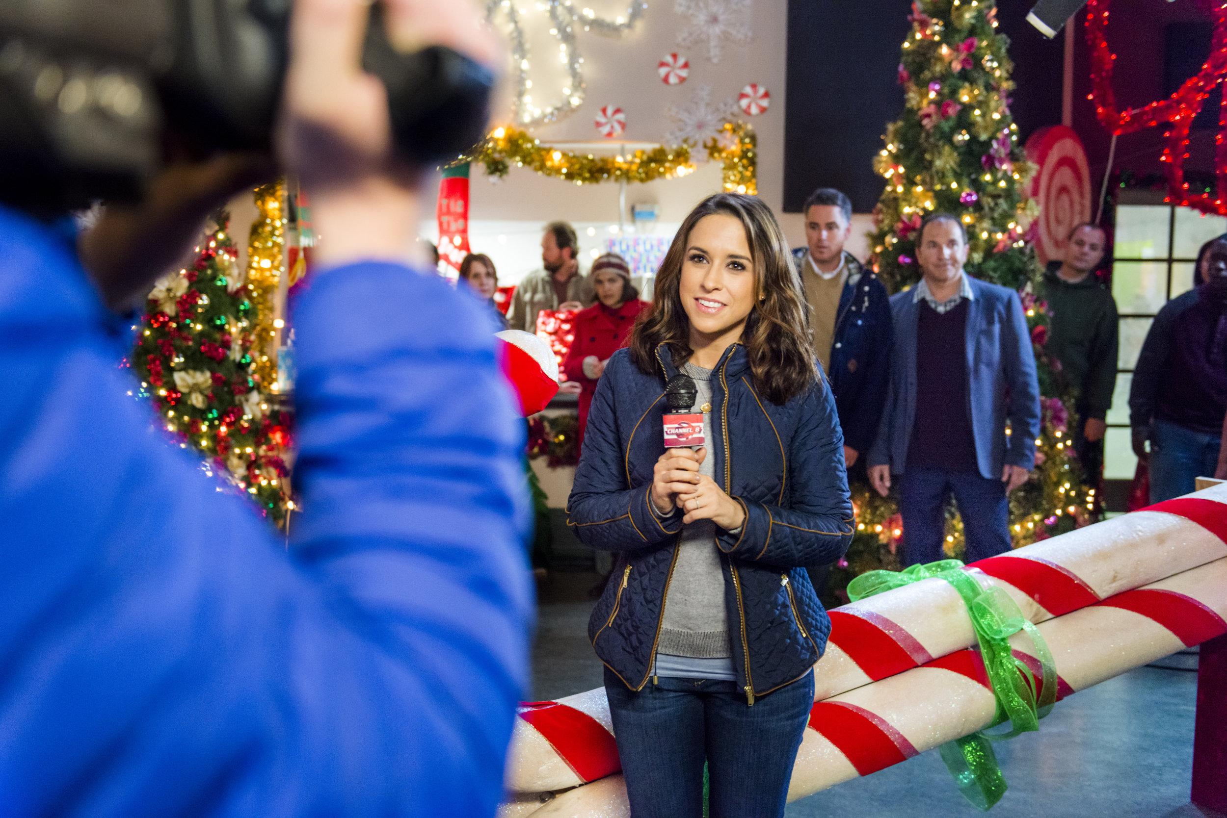 Family For Christmas.Video Family For Christmas Hallmark Channel