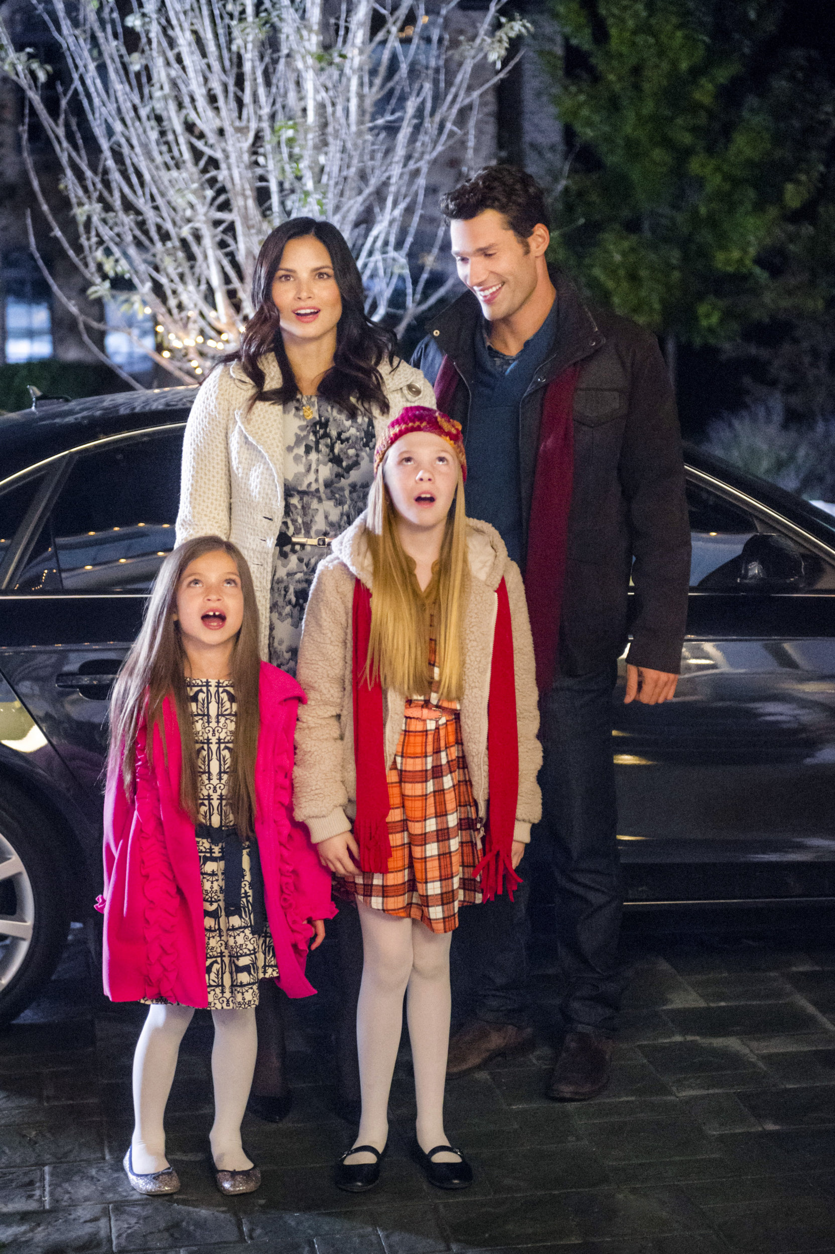 12 Gifts Of Christmas Cast.About The Movie 12 Gifts Of Christmas Hallmark Channel