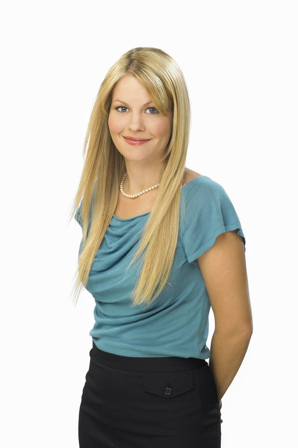 Candace Cameron Bure Holly Moonlight Amp Mistletoe Hallmark Movies And Mysteries