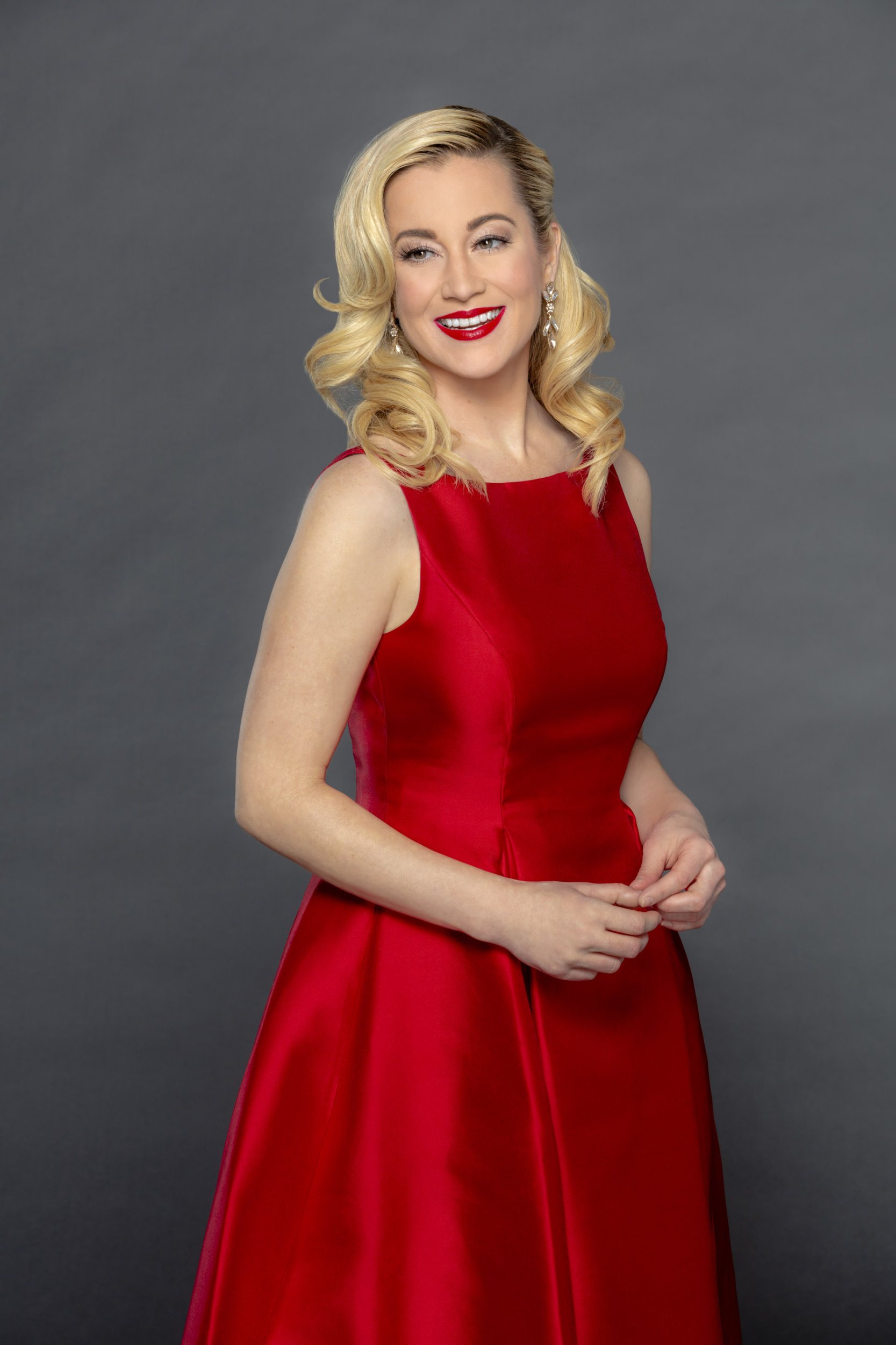 Christmas At Graceland Hallmark.Kellie Pickler As Laurel On Christmas At Graceland